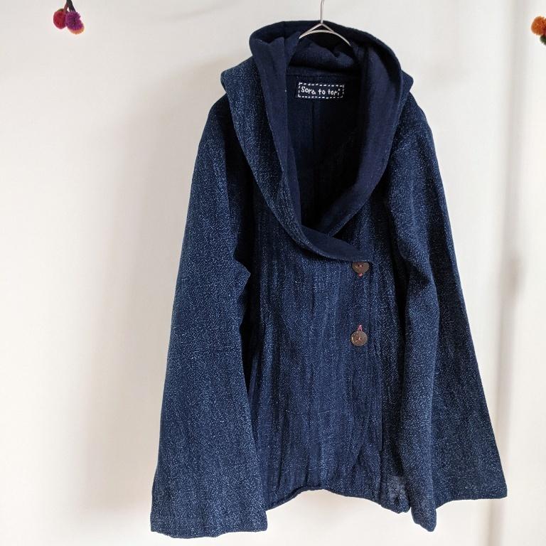 チェンマイ イサーン藍染め手織りのフード付ジャケット