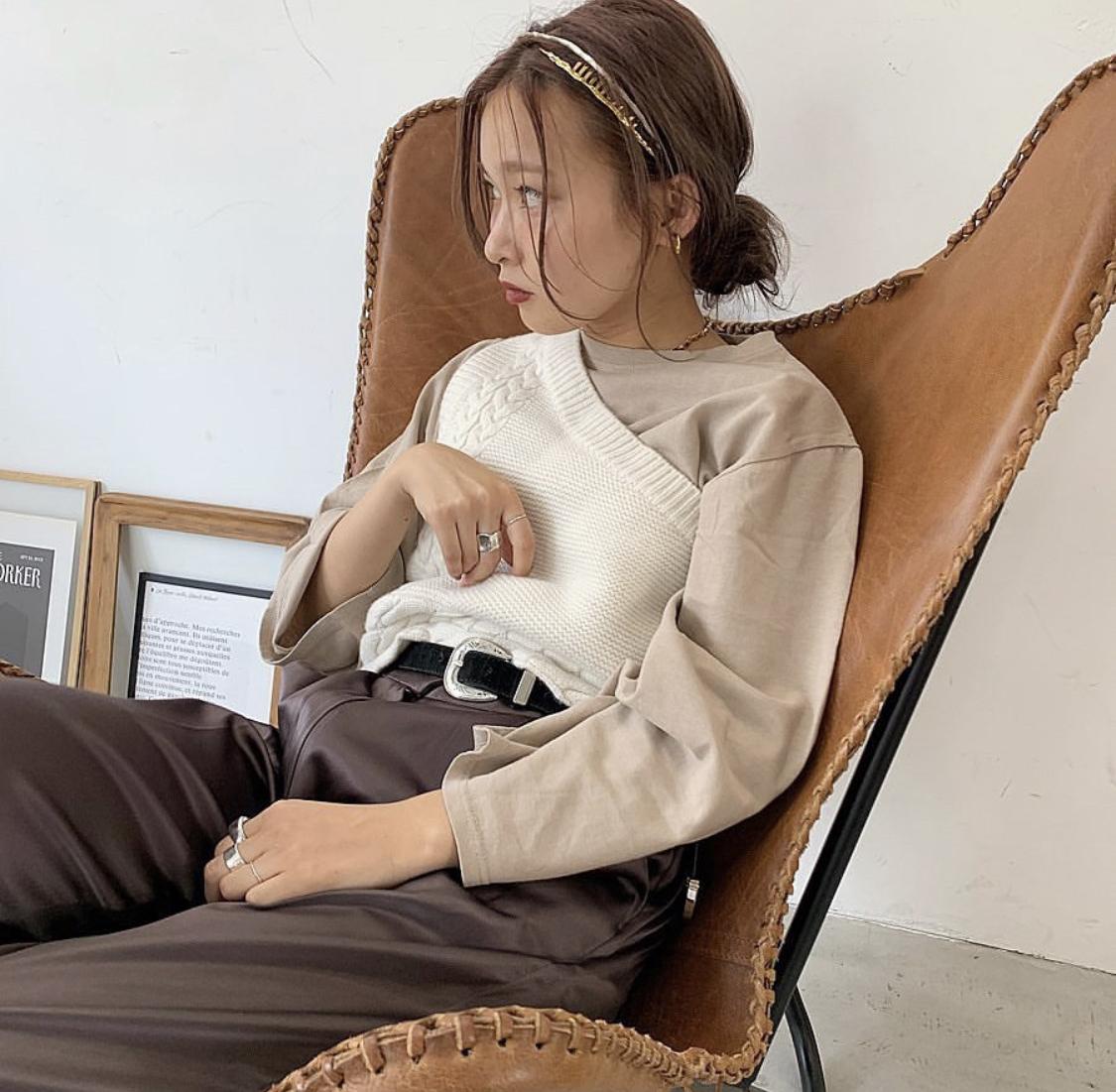 One shoulder knit