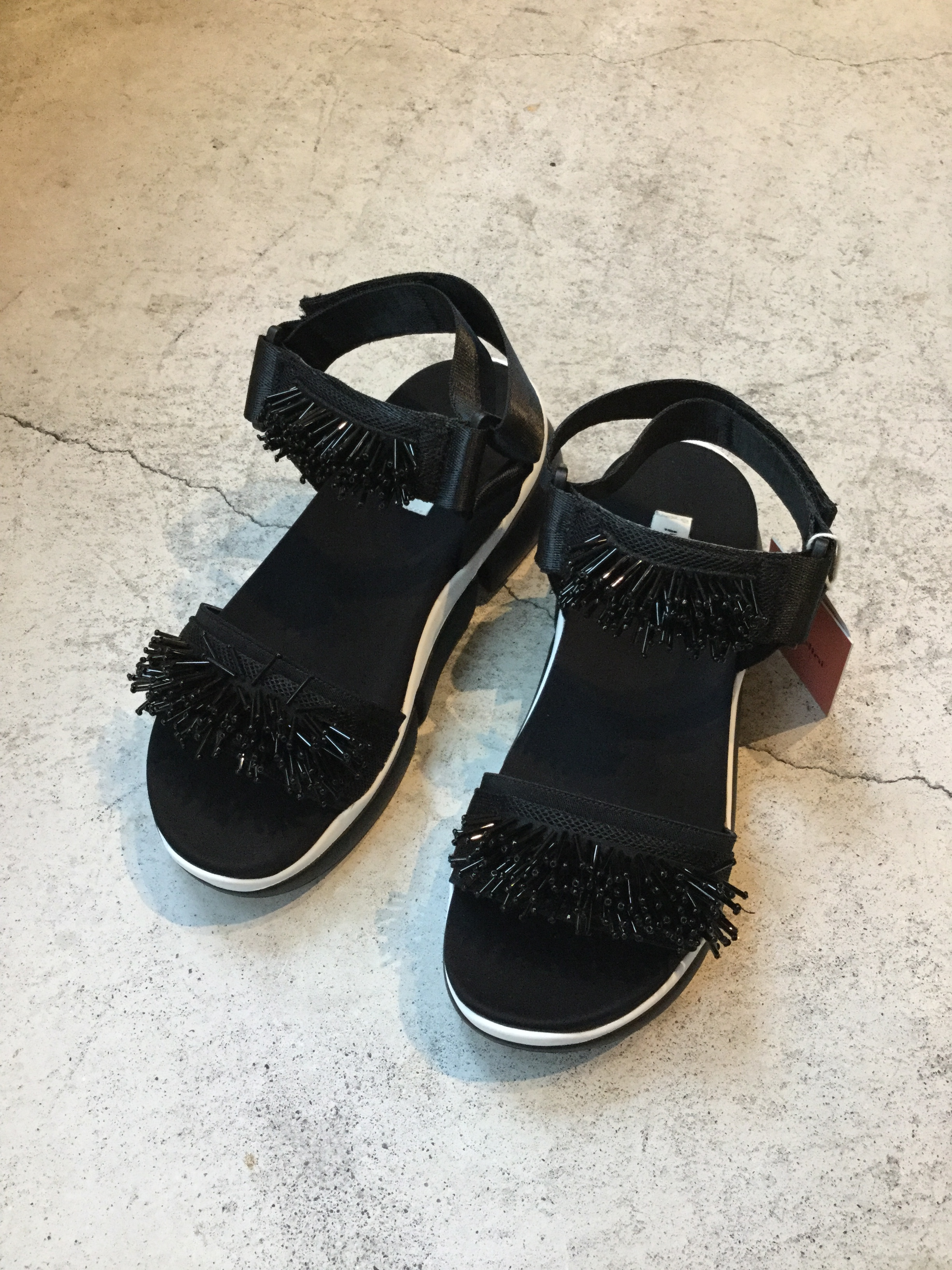 CASSELINI    bijou sports sandal (BLACK)