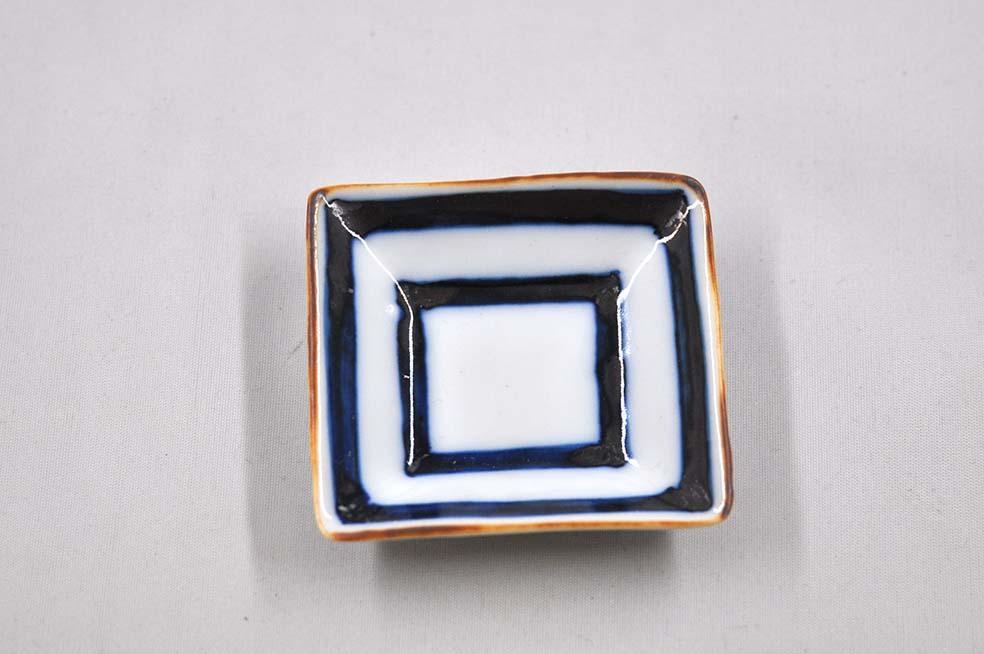 ます目正角小皿