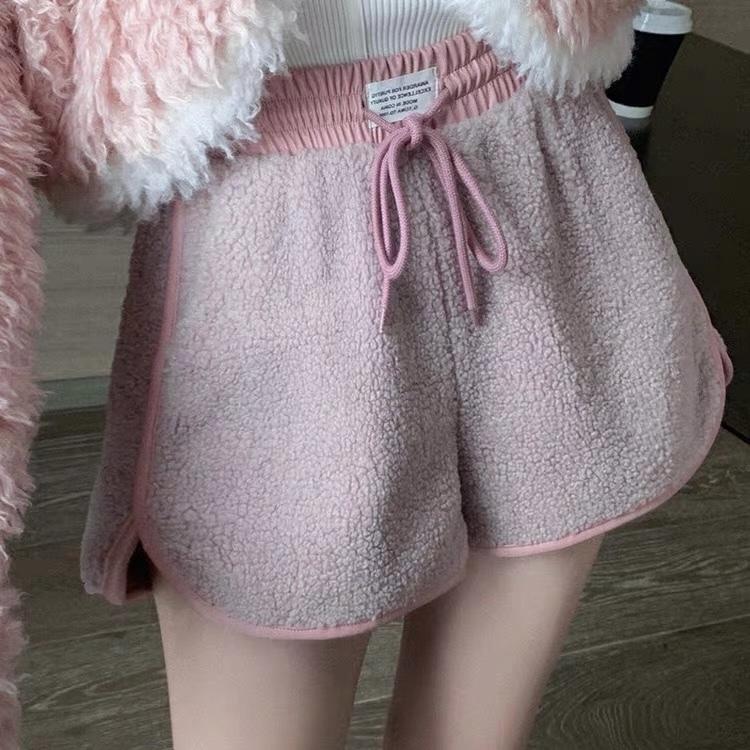 fur design short pants