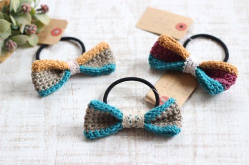 リボンヘアゴム*手編み ベージュ・ブルー/sakura