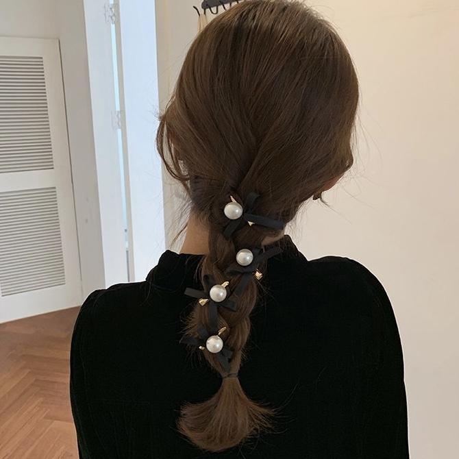 pearl black ribbon clip 2pc's set