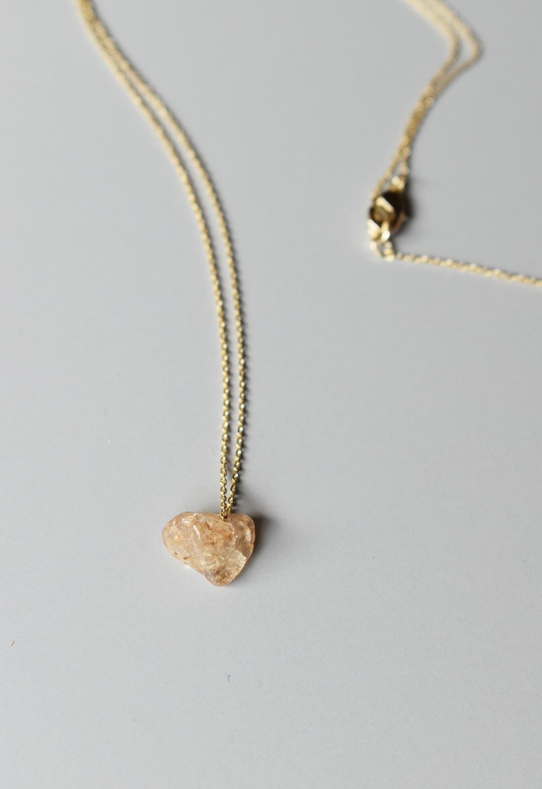 notice stone neckless / pink quartz