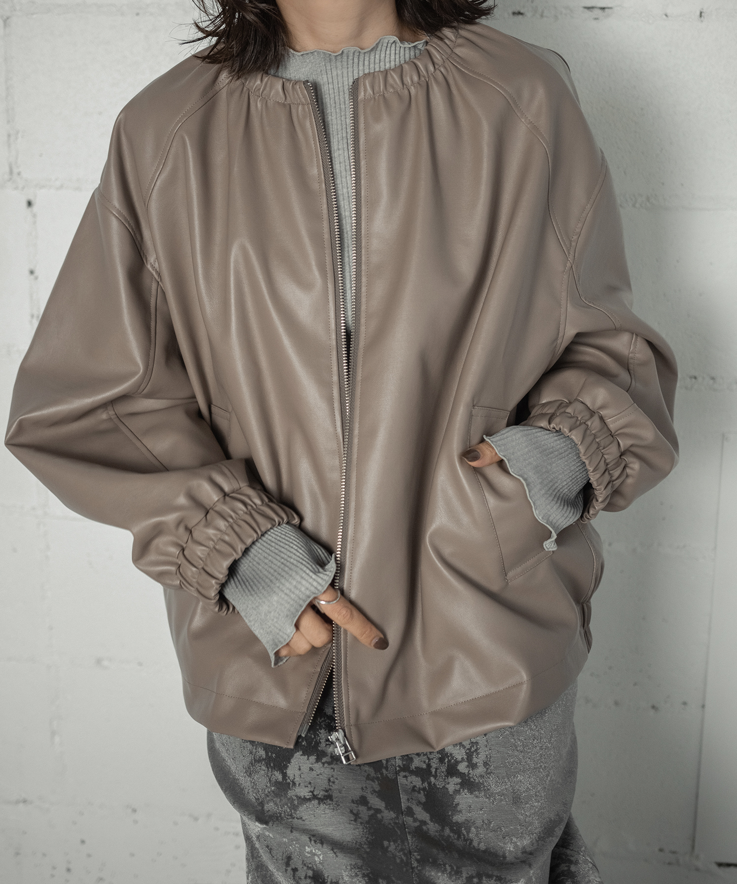 FAKE LEATHER BLOUSON(BEIGE)