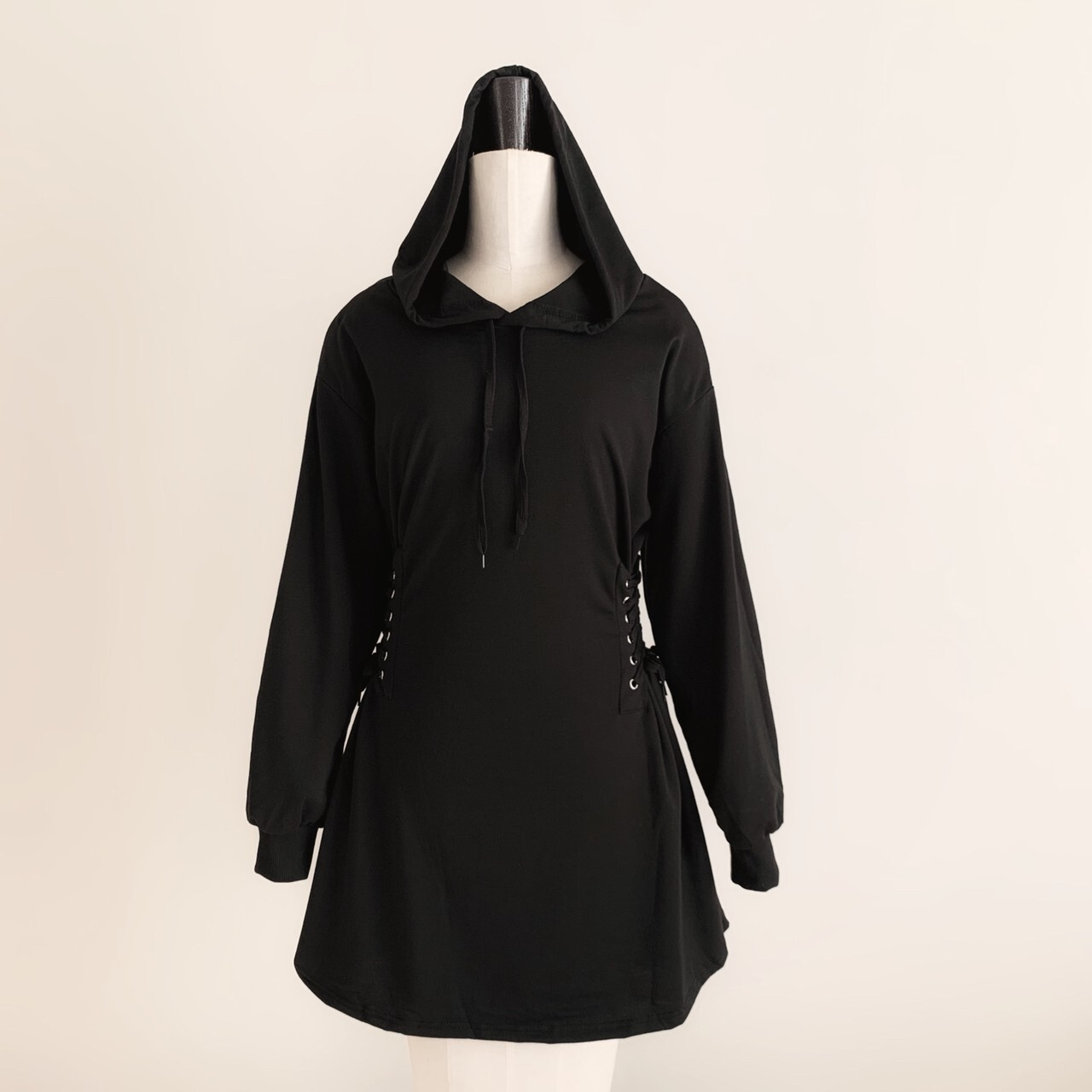 【meltie】lace up hoodie one-piece