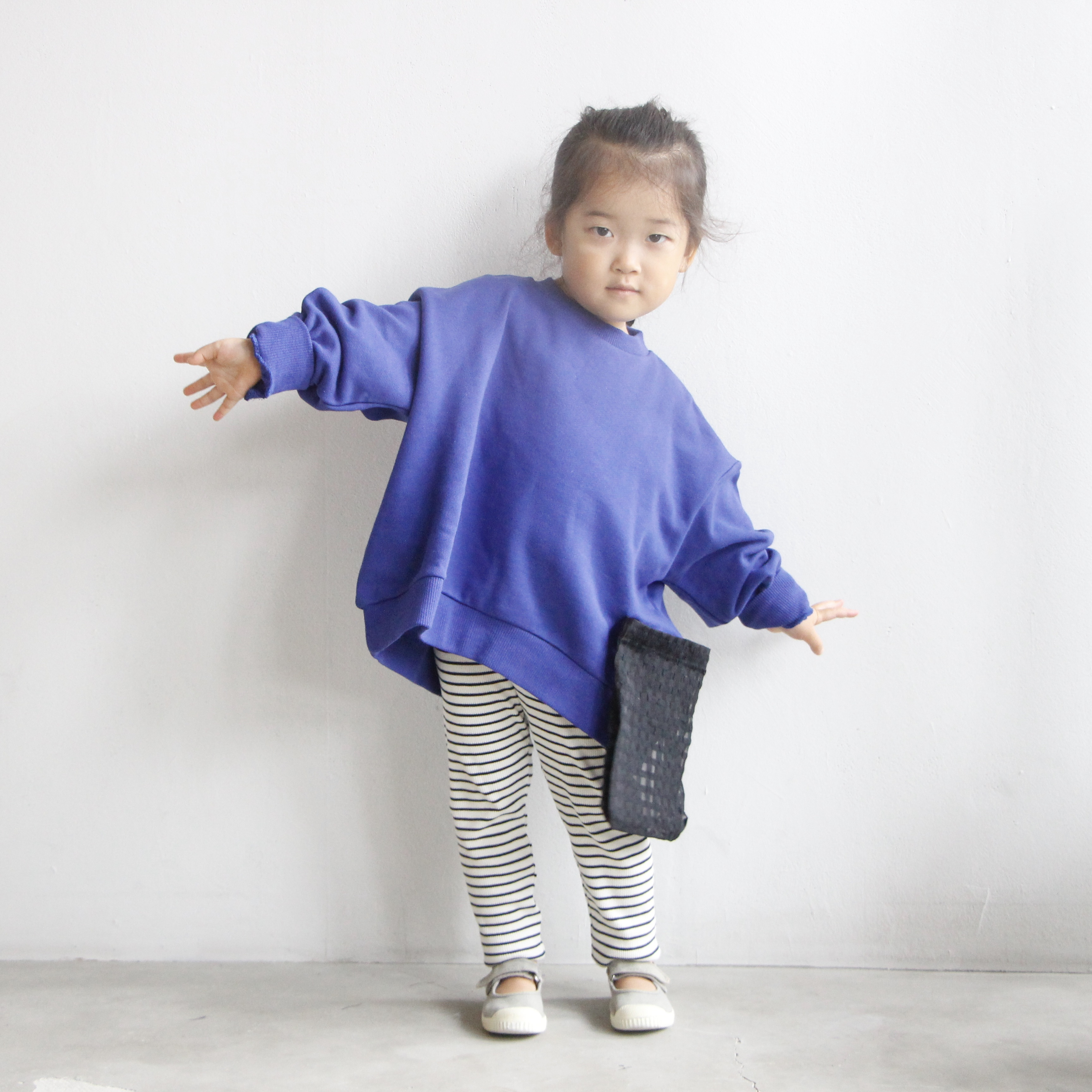 《michirico 2021AW》Left pocket pullover / blue / S・M