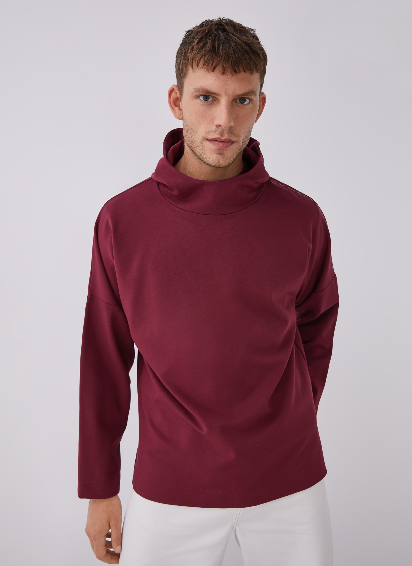 HOODED SWEATSHIRT WITH CHIMNEY COLLAR