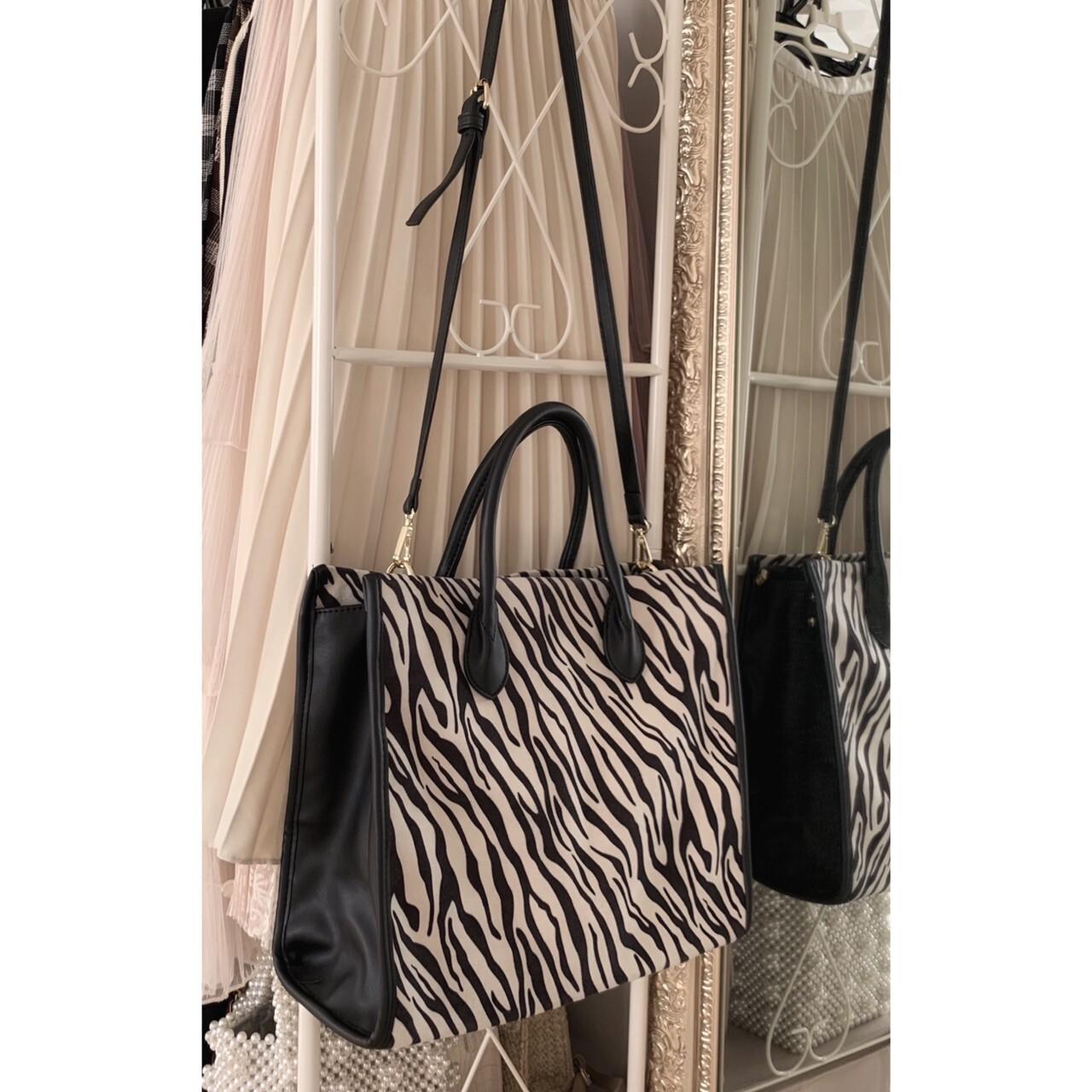 【meltie】zebra tote bag