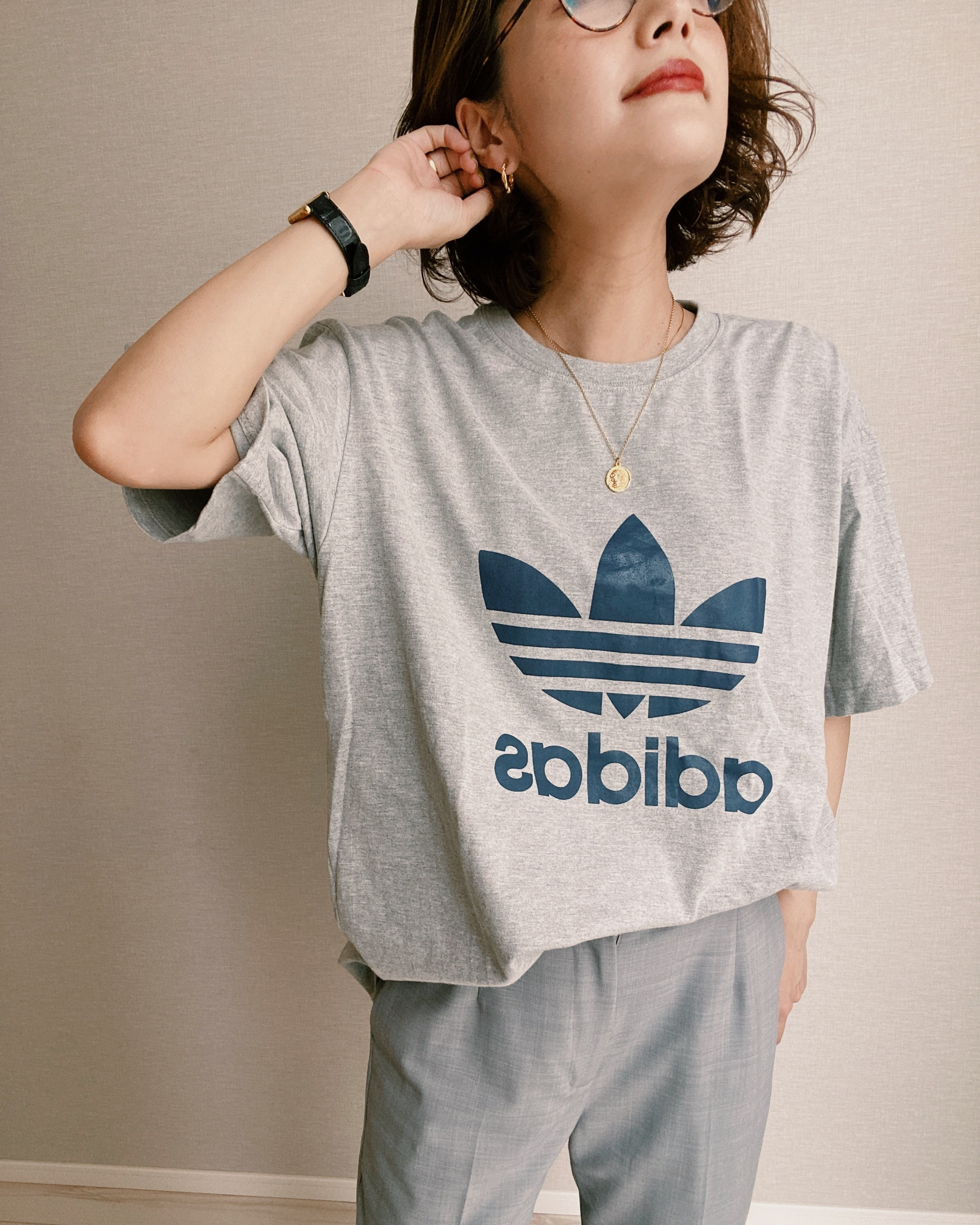(CS263)90's adidas logo T-shirt