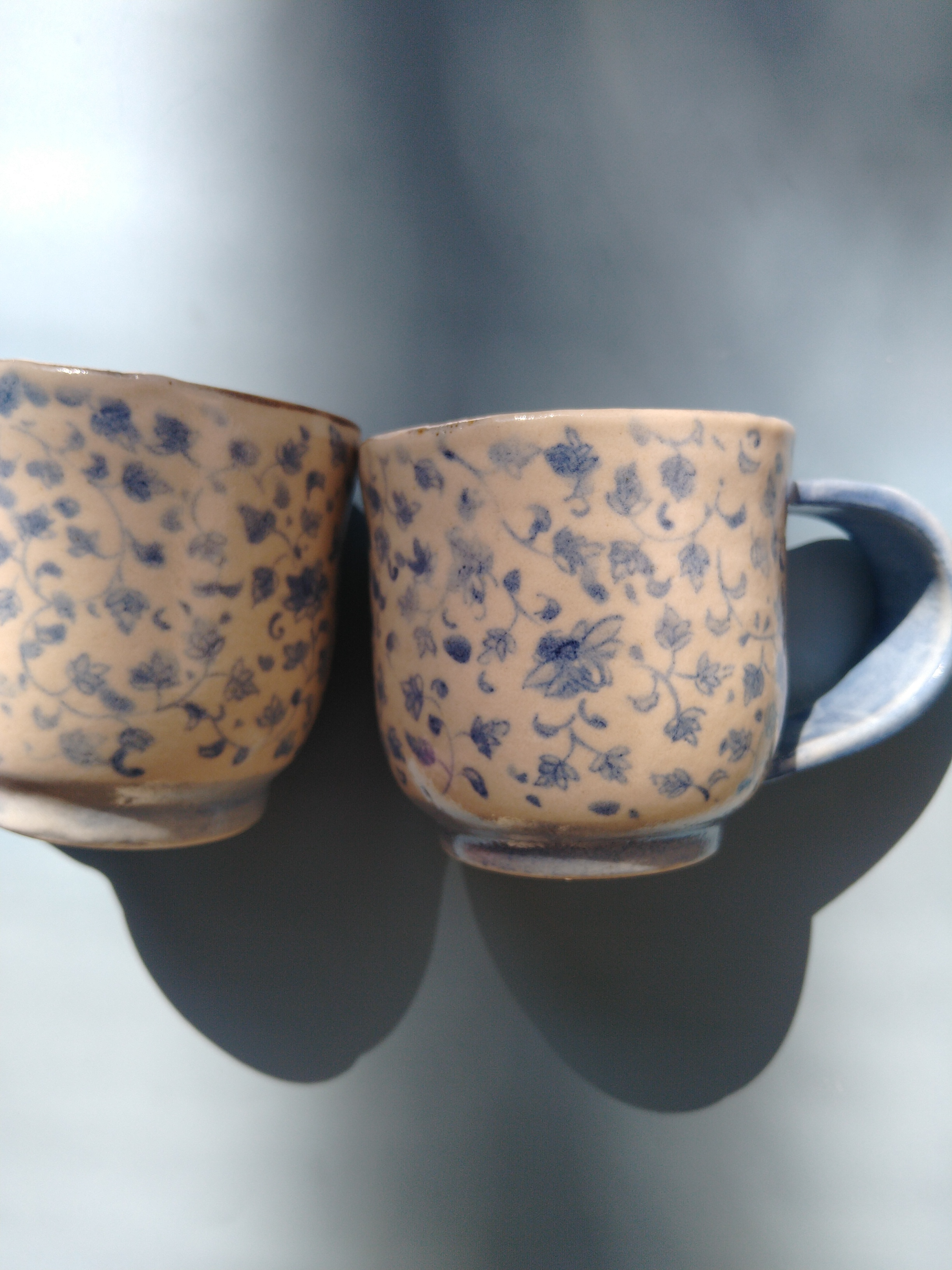染め付け花唐草コーヒーカップ