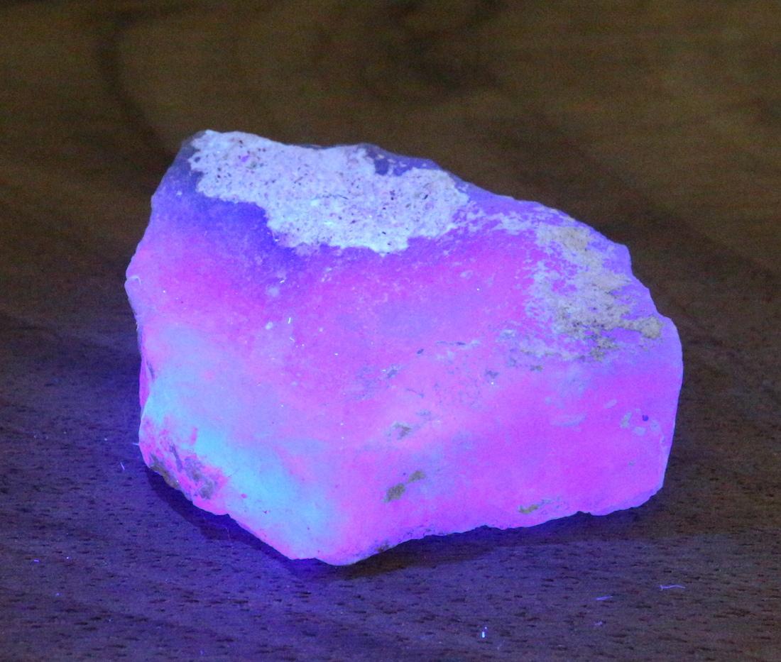 自主採掘!カリフォルニア産 フローライト 蛍石 原石 26,9g  FL071 鉱物 天然石 パワーストーン