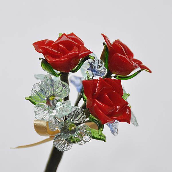 グラスフラワー プチブーケ(赤いバラと水色小花【2】)