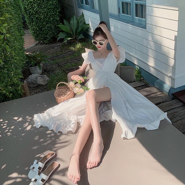 slid white dress