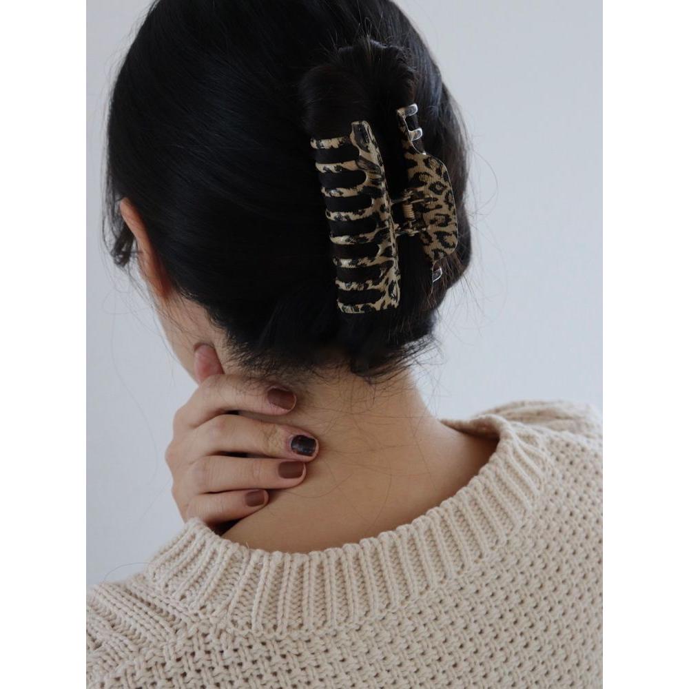DAYNYC woody hair clip