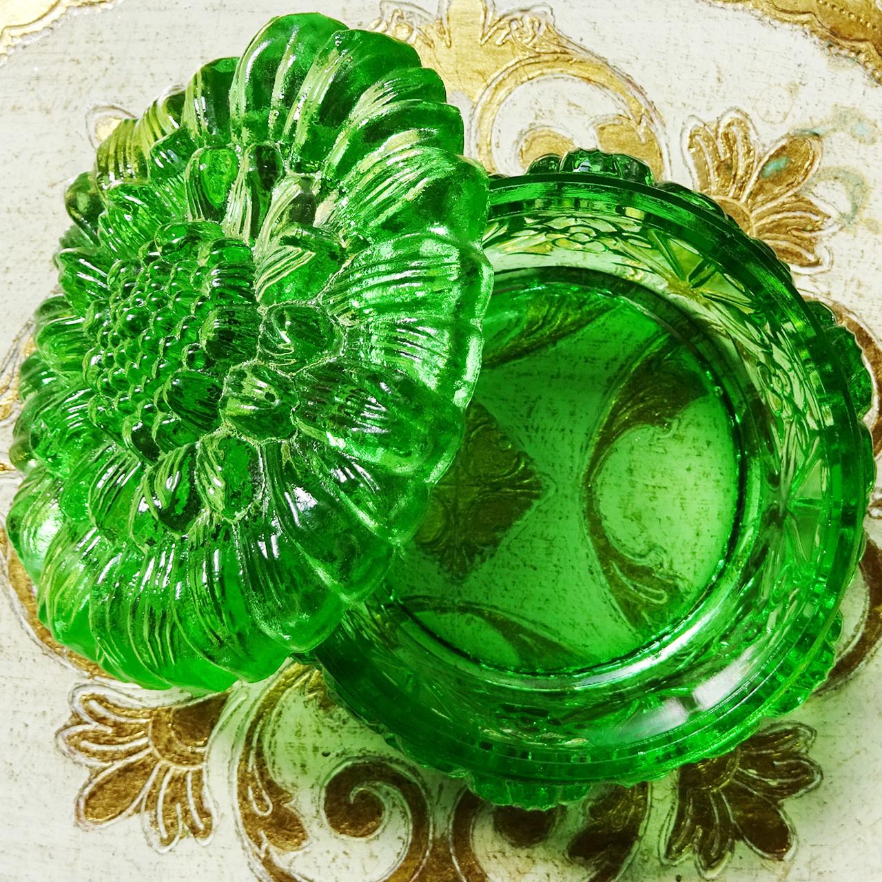 チェコスロバキア ボヘミアガラスのジュエリーポット ひまわり / クリアグリーン