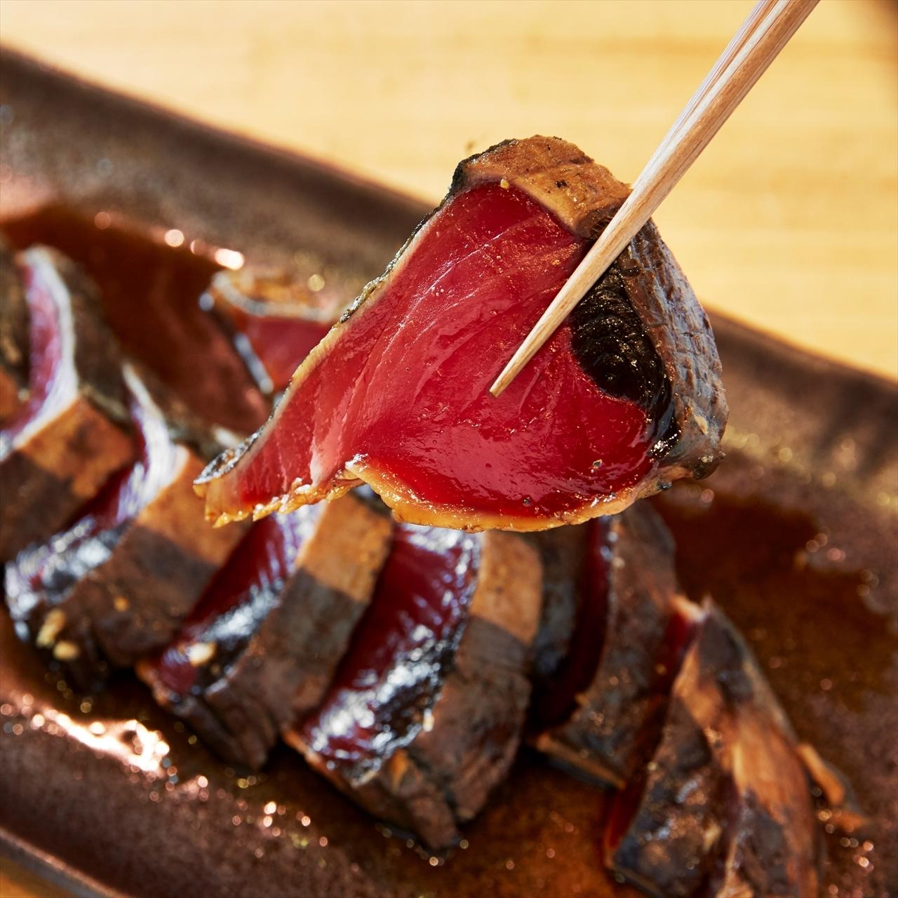 (0290)【カツオの美味しい季節到来!】焼津産 カツオタタキ炭焼き ガーリック醤油