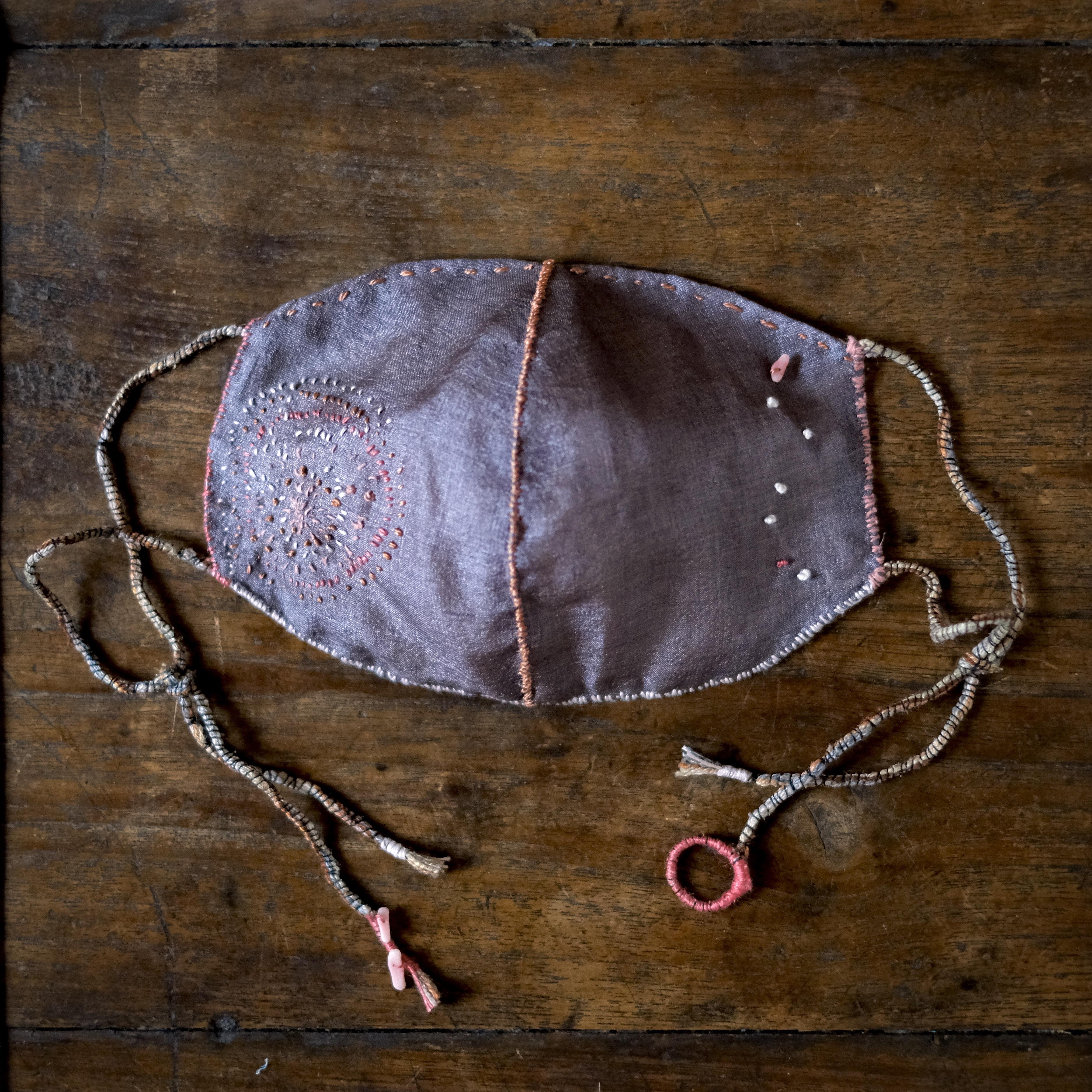 anima mask #57「gift 命のたまもの8」蘇芳染め絹と炭染有機木綿