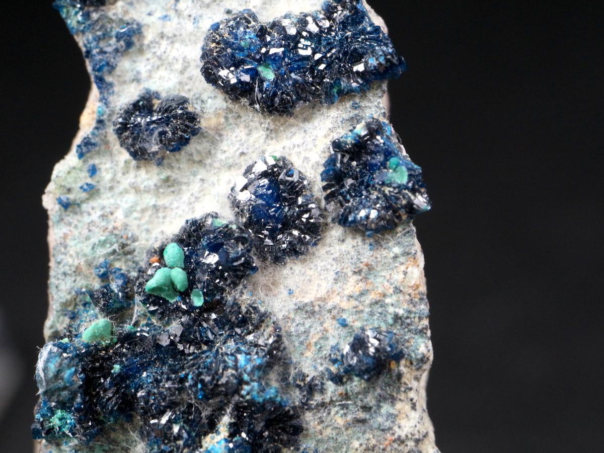 ザンビア産 燐銅鉱 + コルネット石  LBN001  41g 鉱物 原石 天然石 パワーストーン