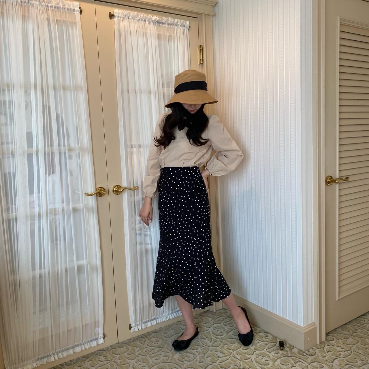【LAST3】back ribbon square blouse