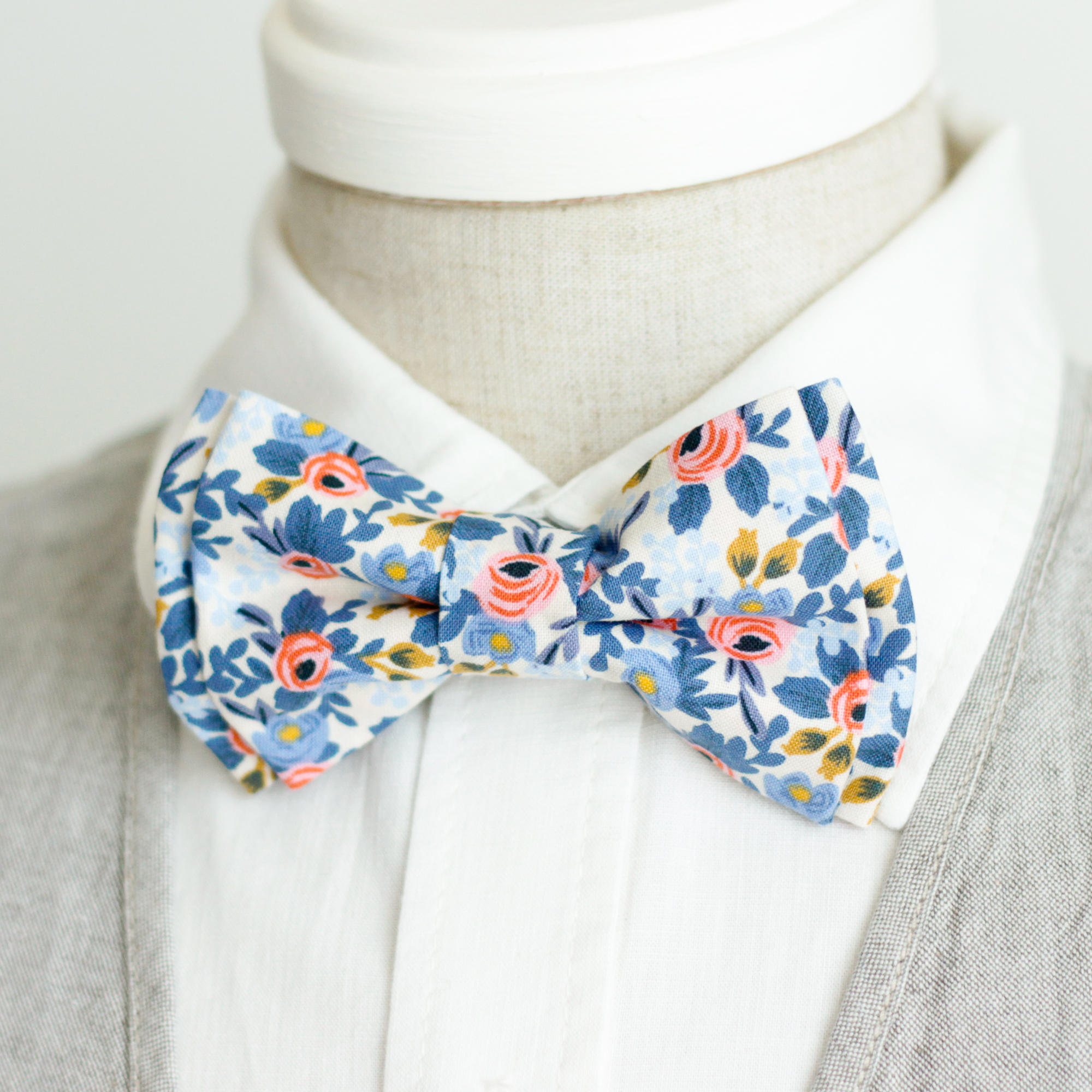 Bow tie Rosa In Periwinkle