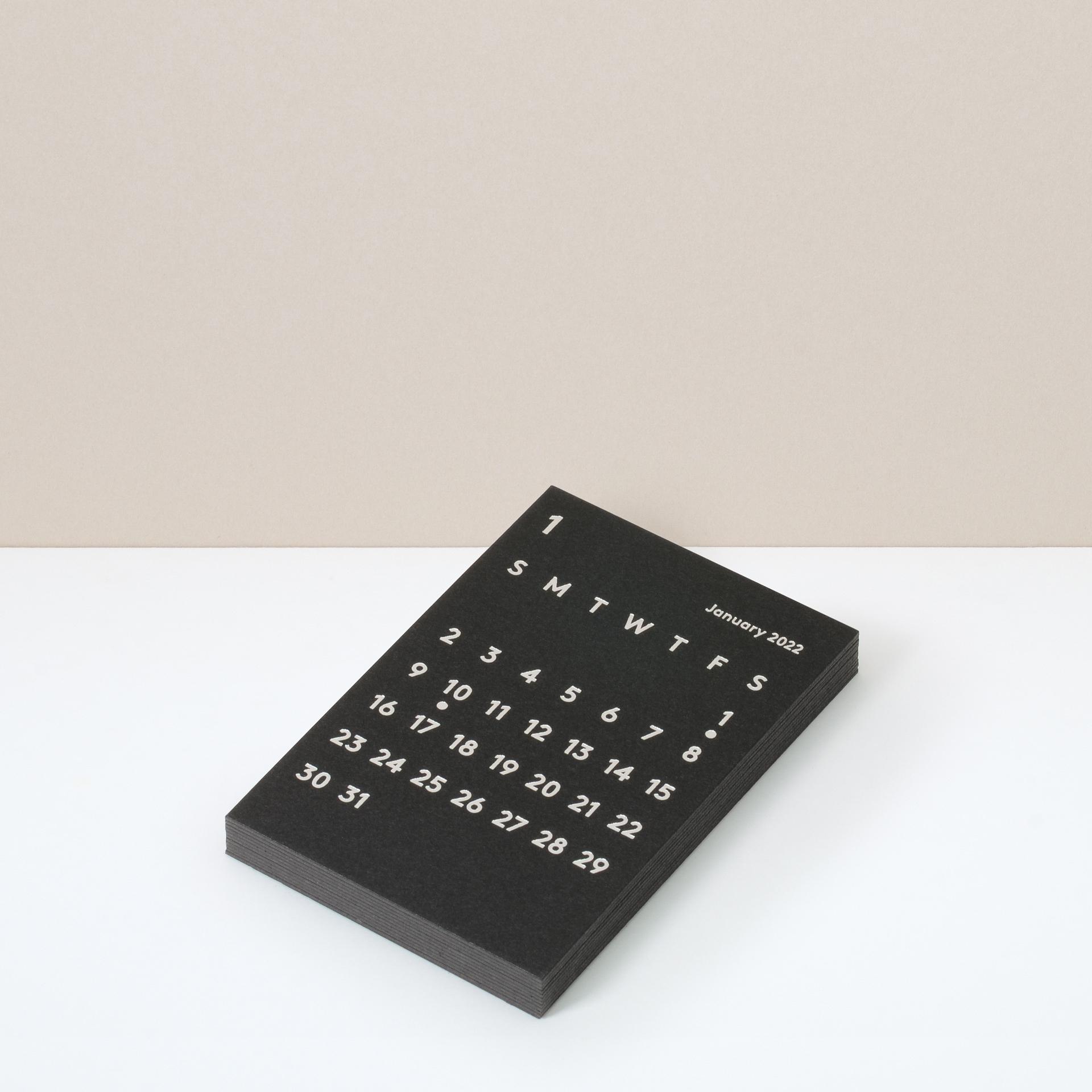CLARA Calendar Refill 2022 Black|卓上カレンダー