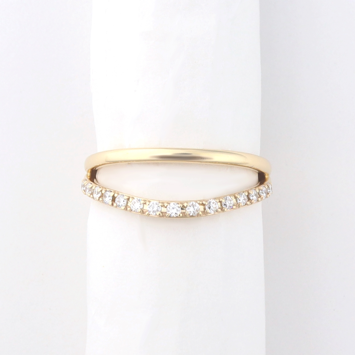 Side by side ring