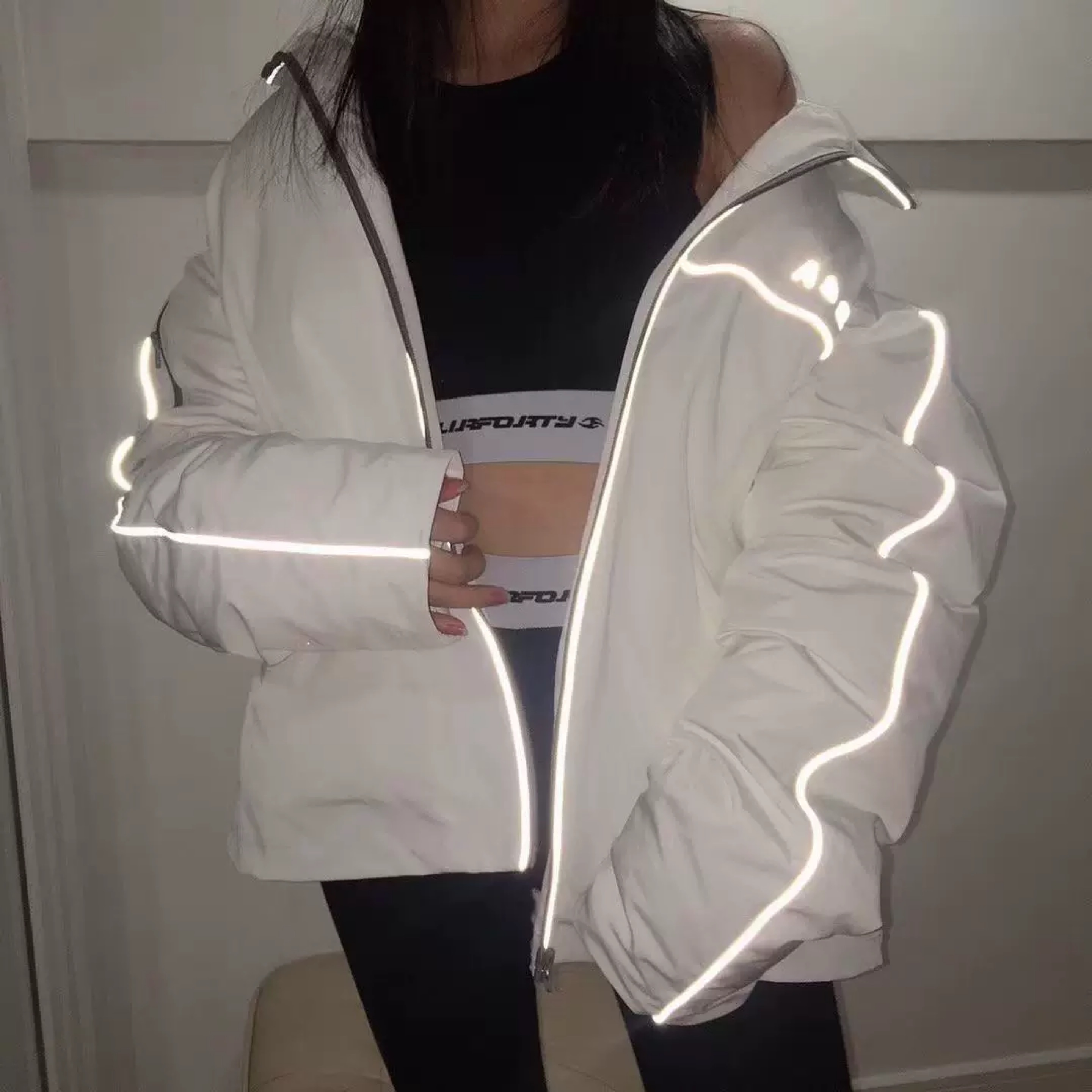 reflector line volume jacket