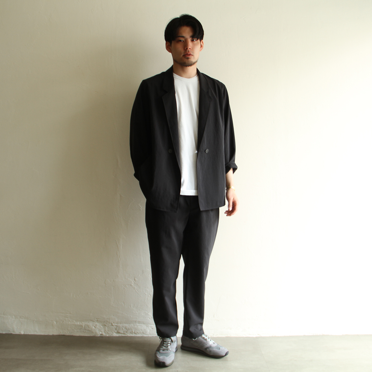 STILL BY HAND【mens】強撚 polyester tuck pants