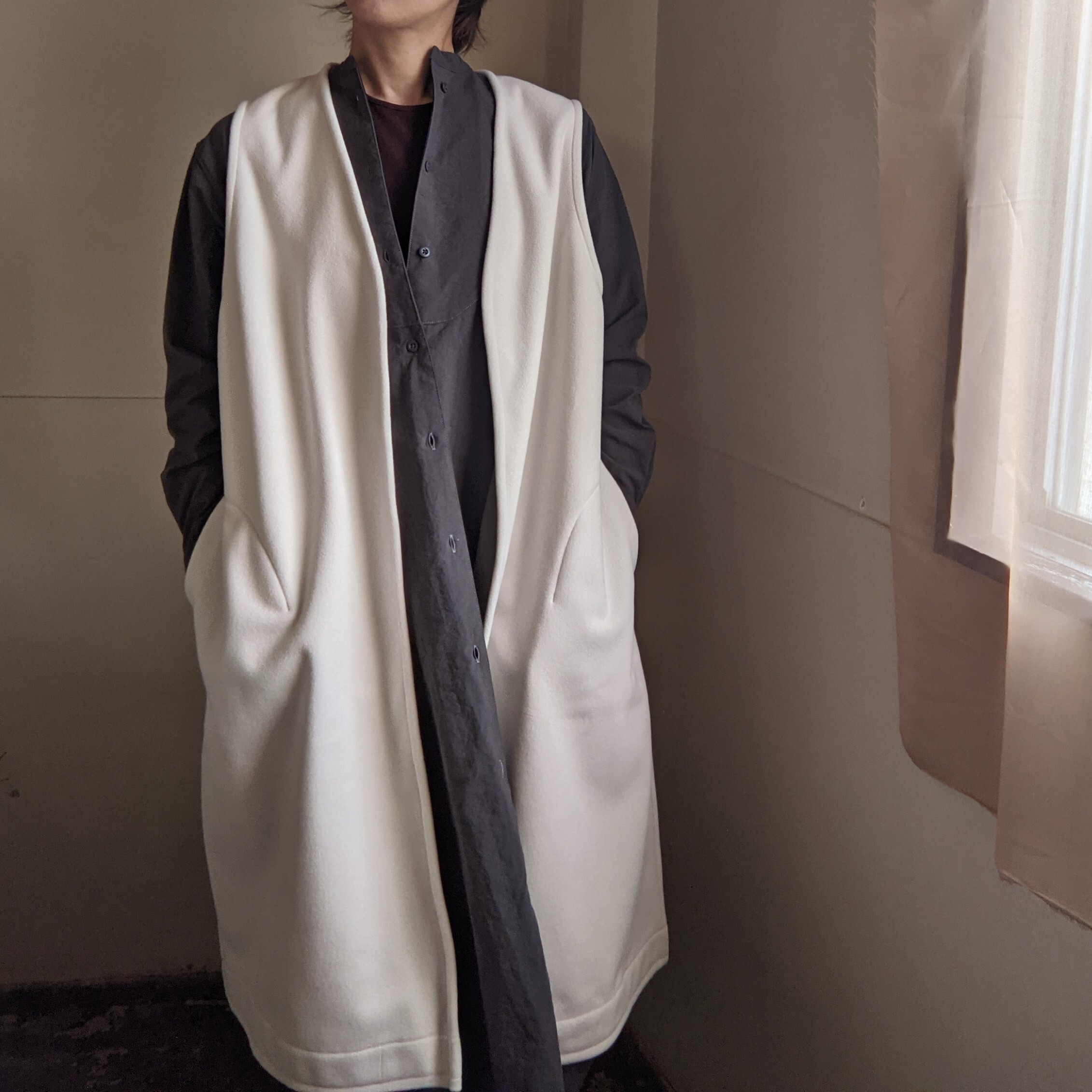 【 Faneuil 】ファヌル / bonding fleece long vest / OFF×GRAY