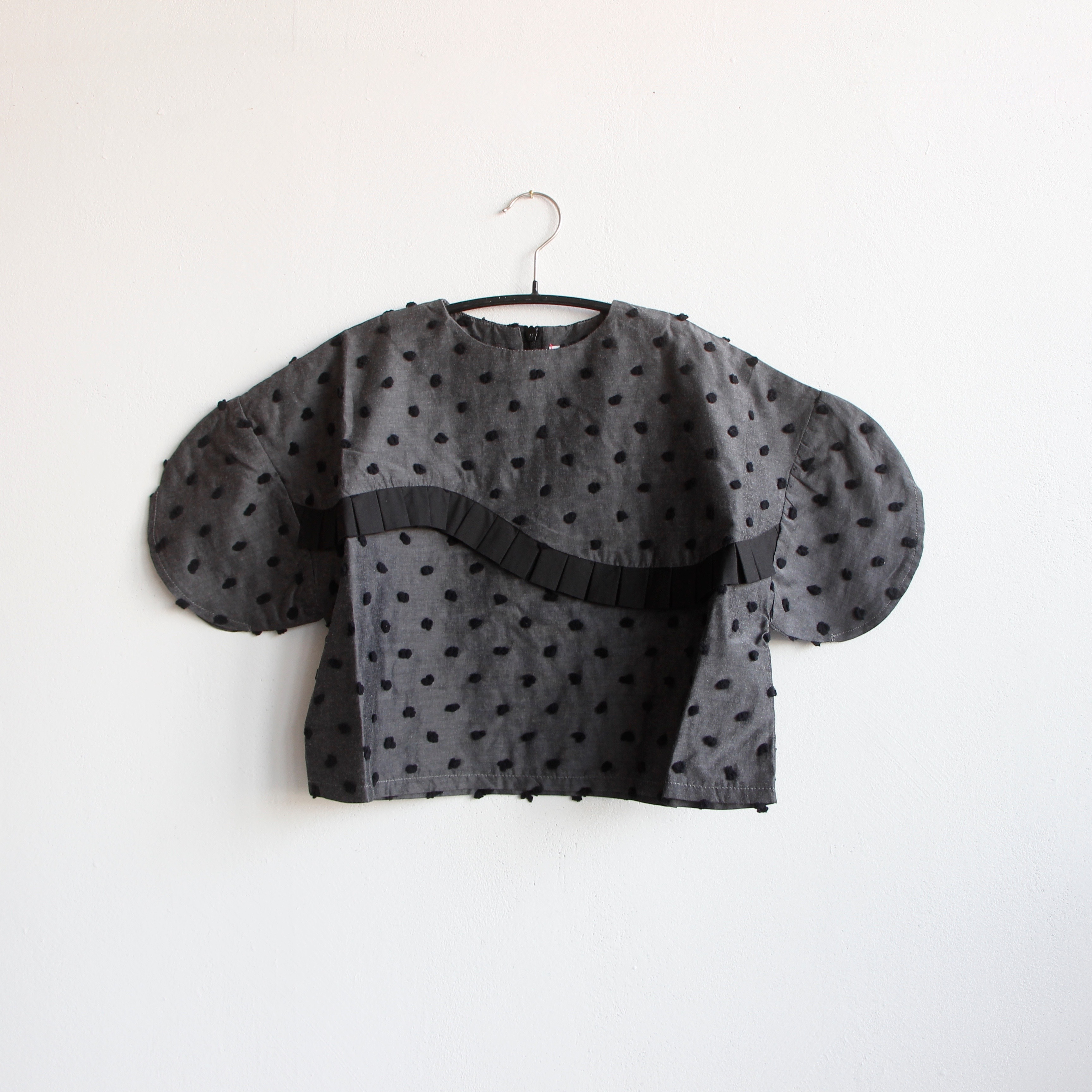 《frankygrow 2020SS》BONBON CUT JQ SWITCHING PLEATS TP / gray × black bonbon / S・M・L