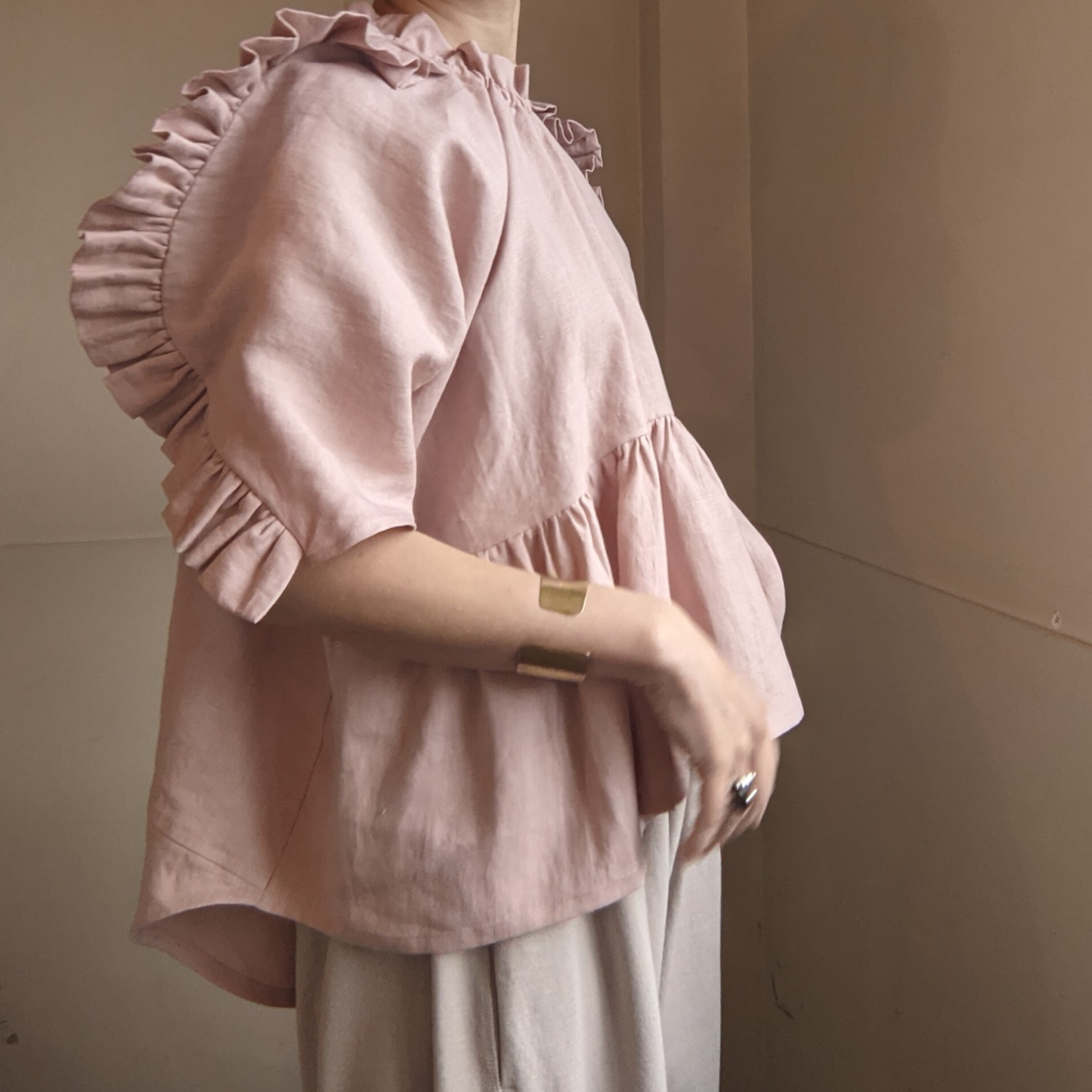 ☆PINK last1☆【 HOUGA 】ホウガ / lily blouse / linen100% / pink,white