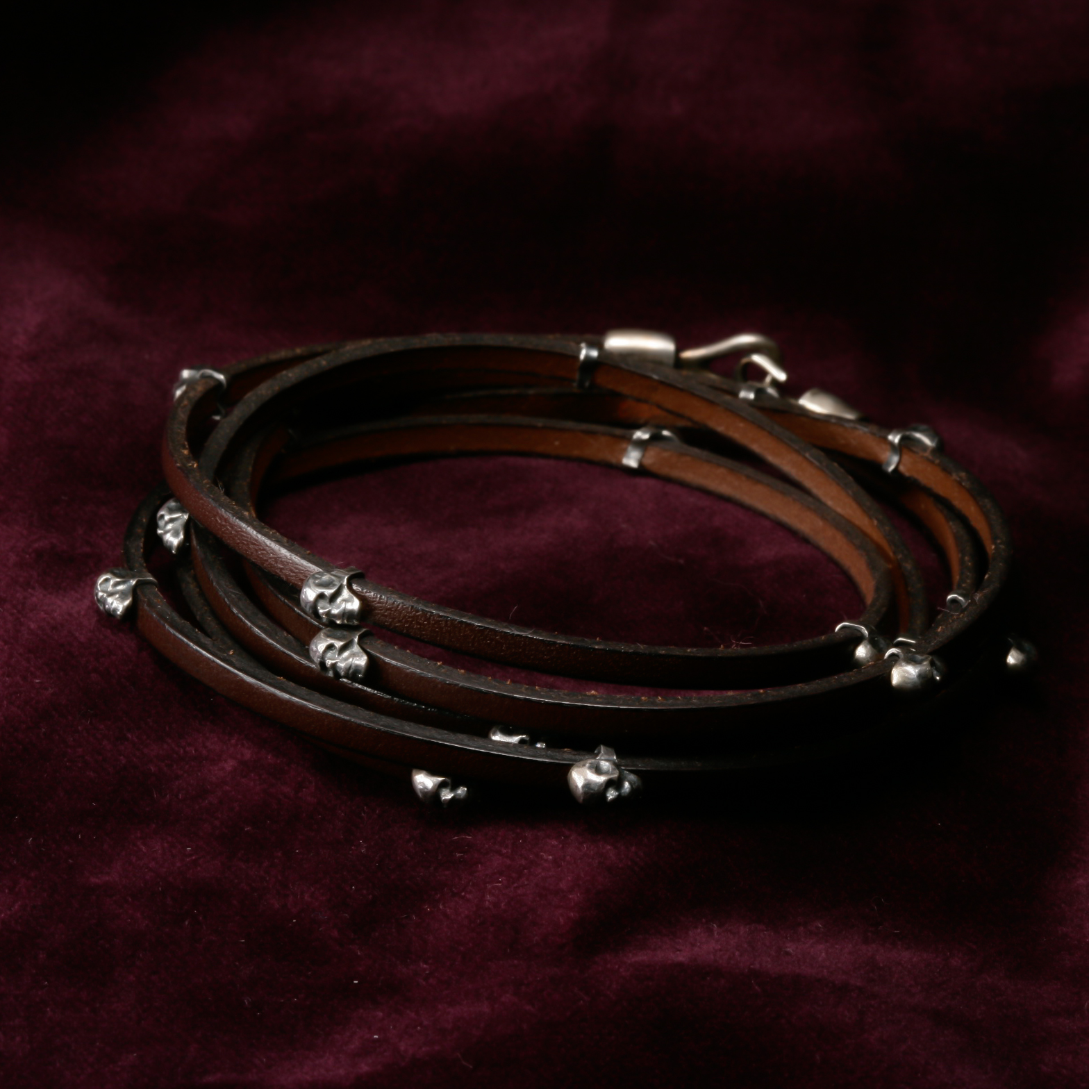 Leather strap with Skull Beads