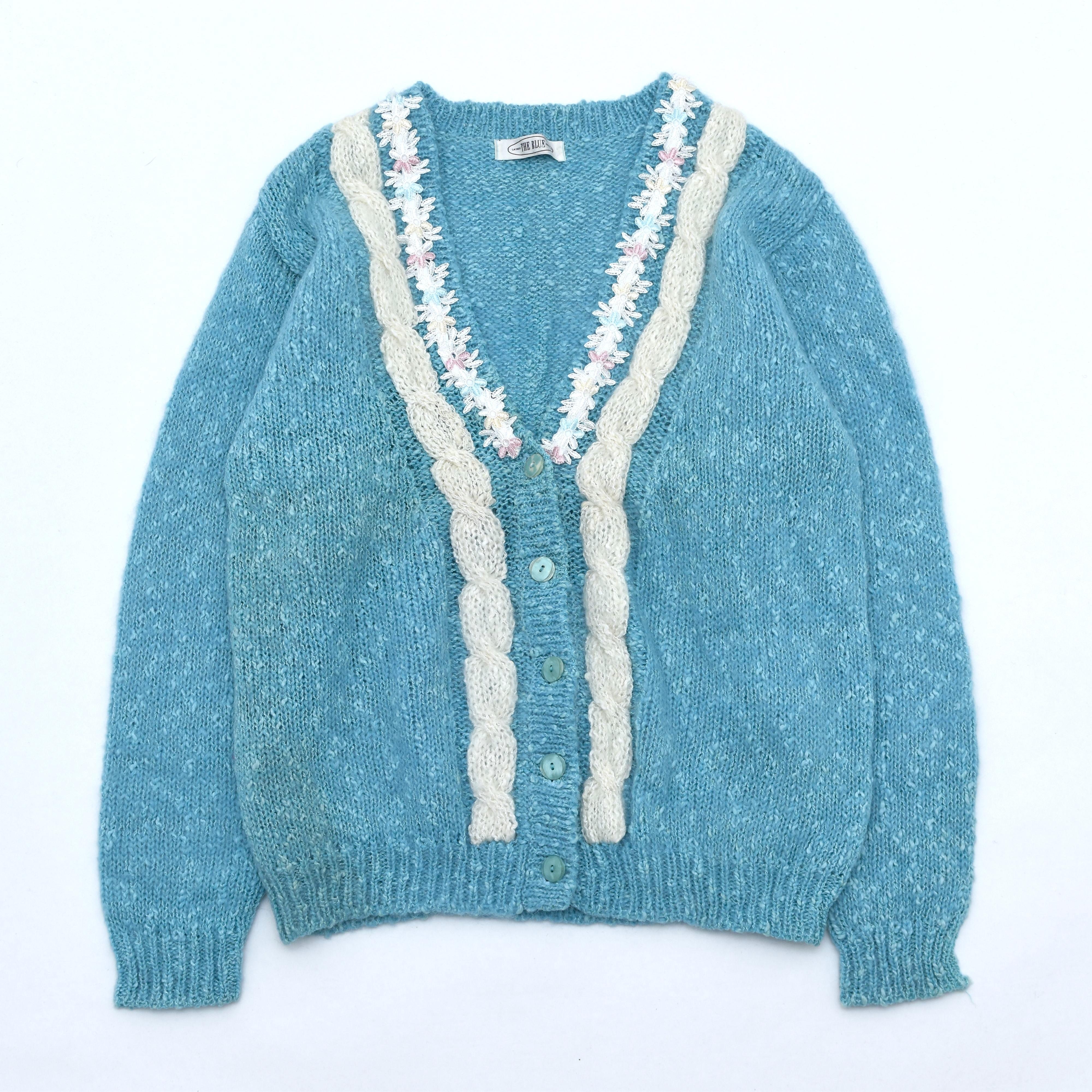 Antique line flower design Knit cardigan
