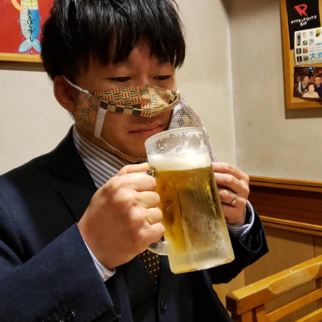 【特大サイズ】食事の時に使用するマスク!『デブノイートマスク』②持ち運びも便利(マスクカバー付)【全国送料無料】