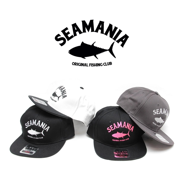 【Seamania】アーチロゴ刺繍フラットバイザーCAP