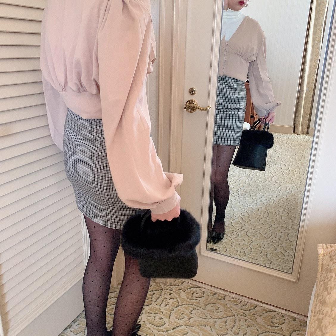 Vneck button blouse