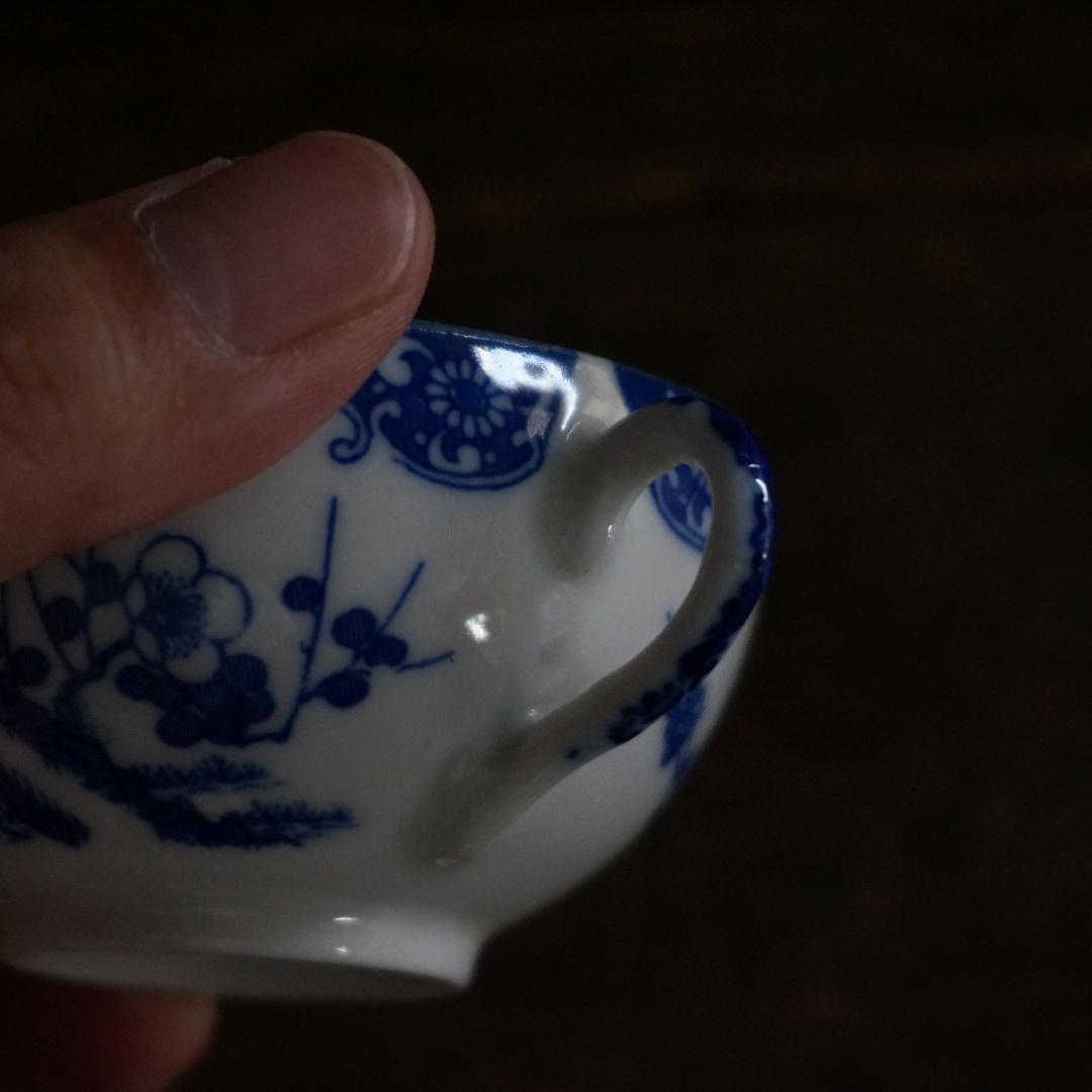 古い国産の陶器カップ