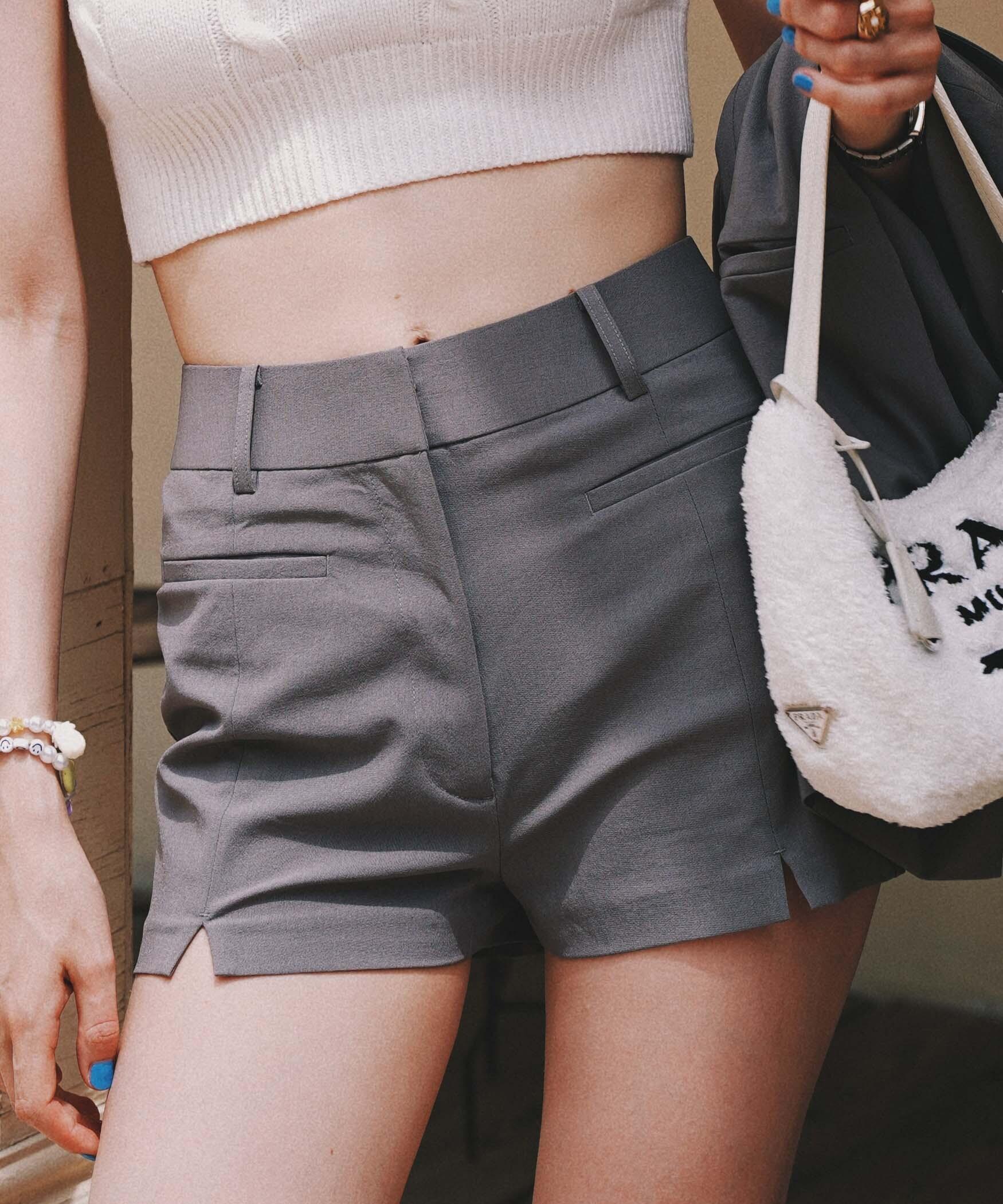 High waist compact short pants
