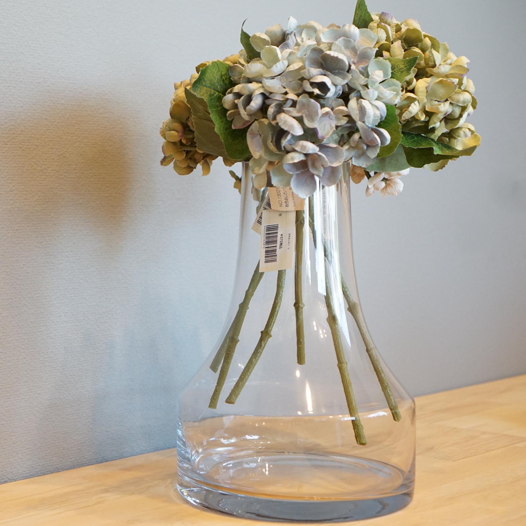 どんな花を活けても様になるフラワーベース。ファゴットクリアL