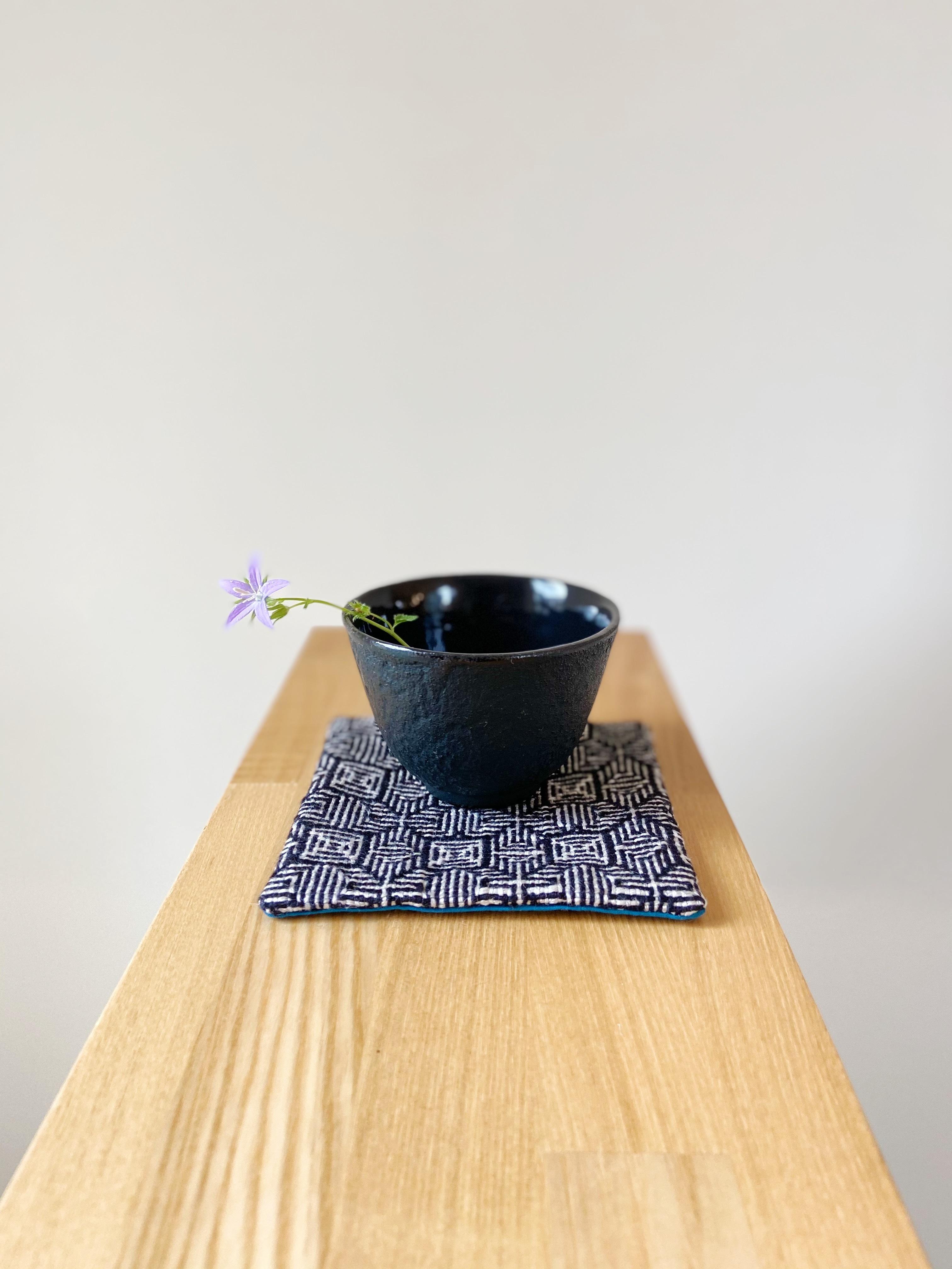 手織りコースター (Black Clover)