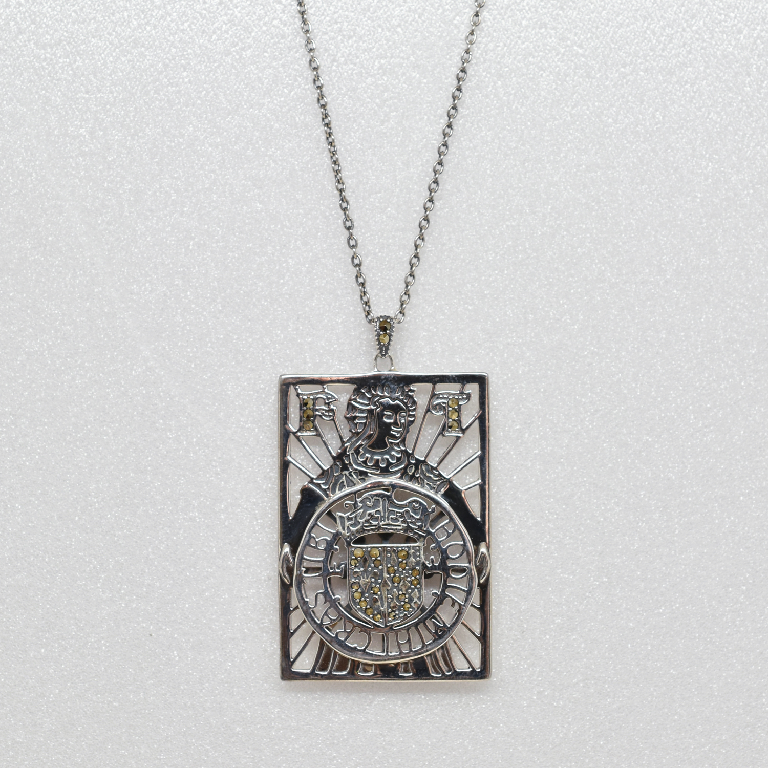 Packaged collection  Card pendant