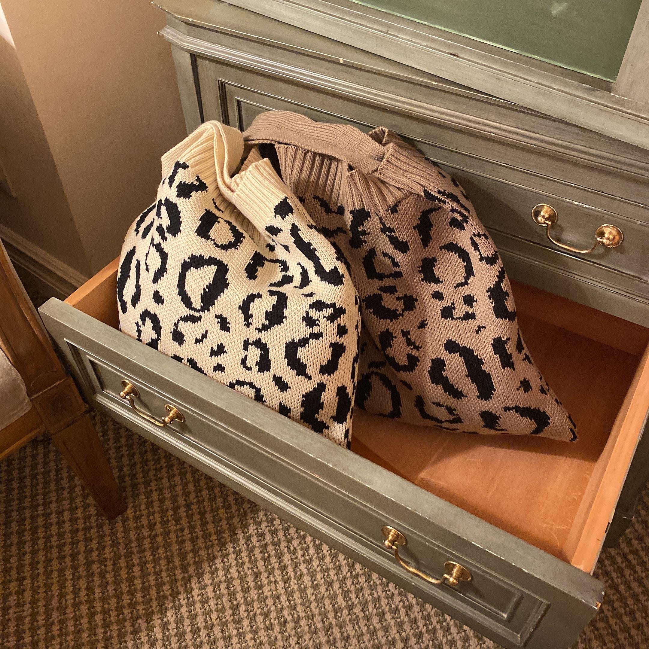 leopard knit tote bag