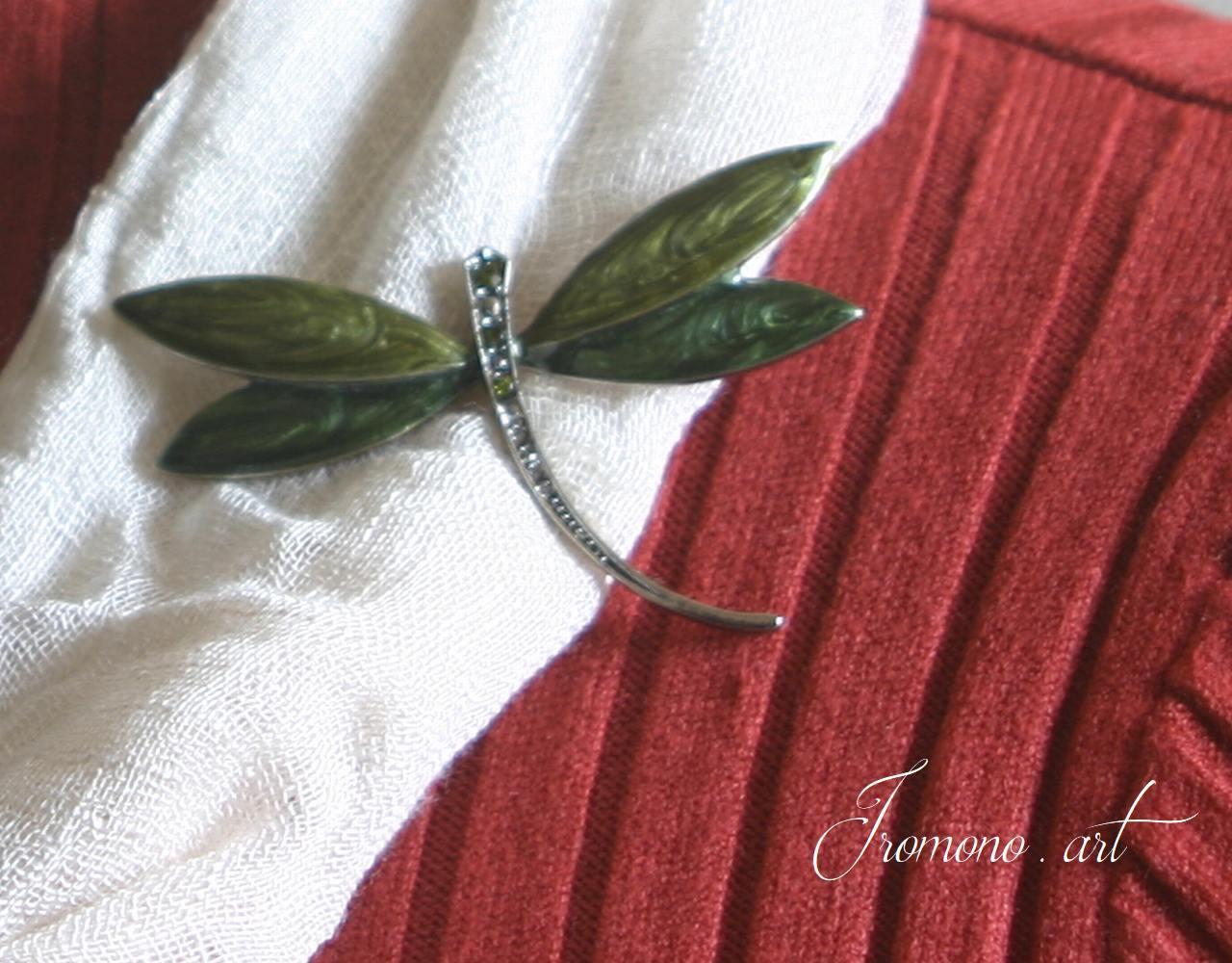 エレガント ブローチ~深緑のトンボ~