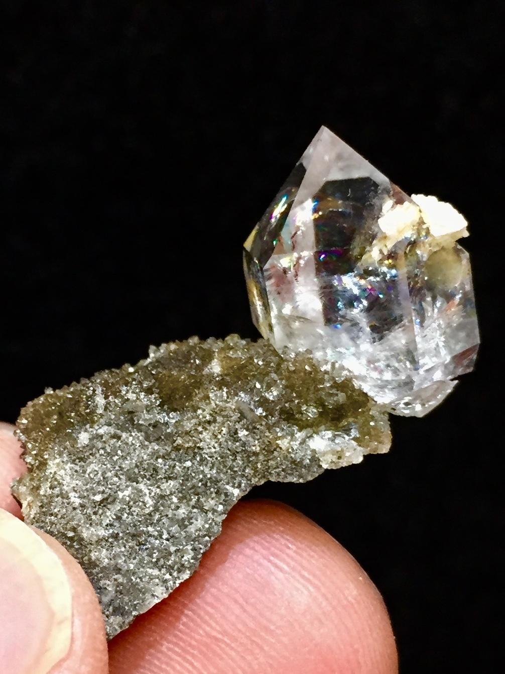 7) ニューヨーク・ハーキマー・ダイヤモンド母岩付き