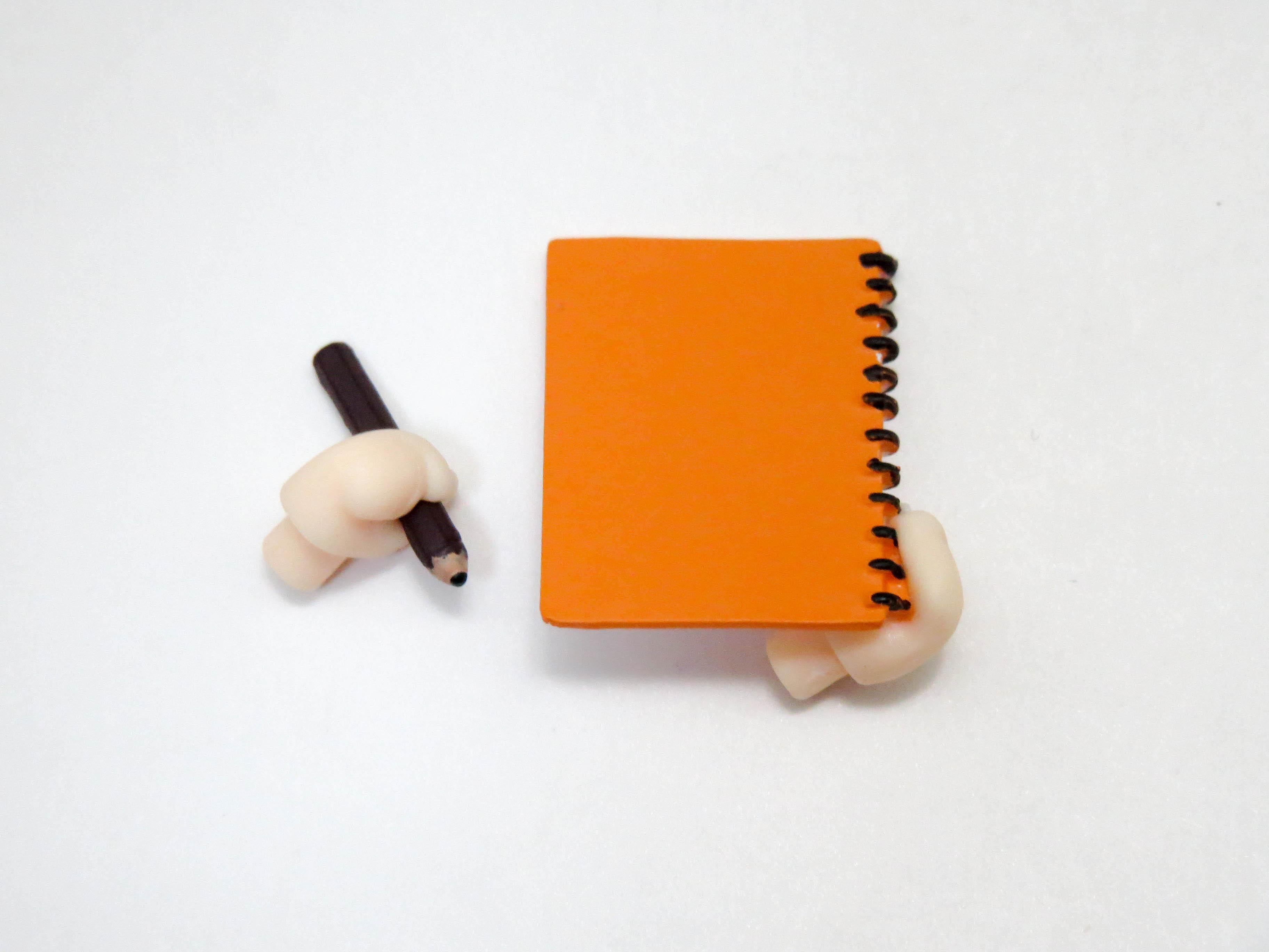 再入荷【297】 ゆの 小物パーツ 鉛筆とスケッチブック ねんどろいど