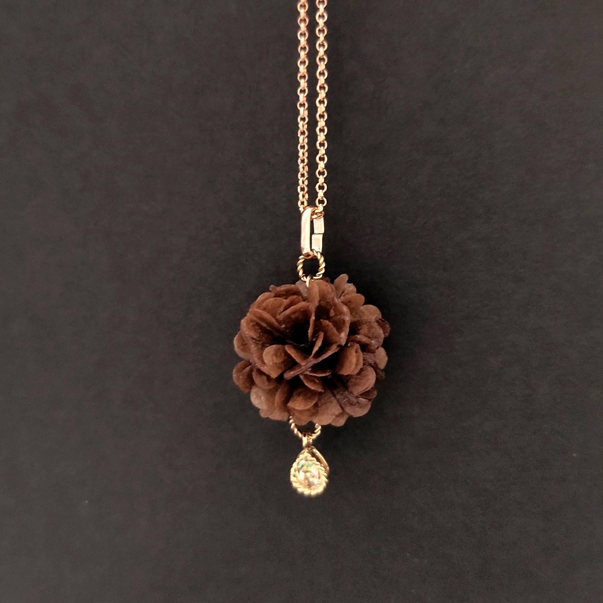 幸せの国ブータンからの贈り物 ハーティブーケのネックレス【ナチュラルカラー】オリジナル・バラ・自然素材・紙