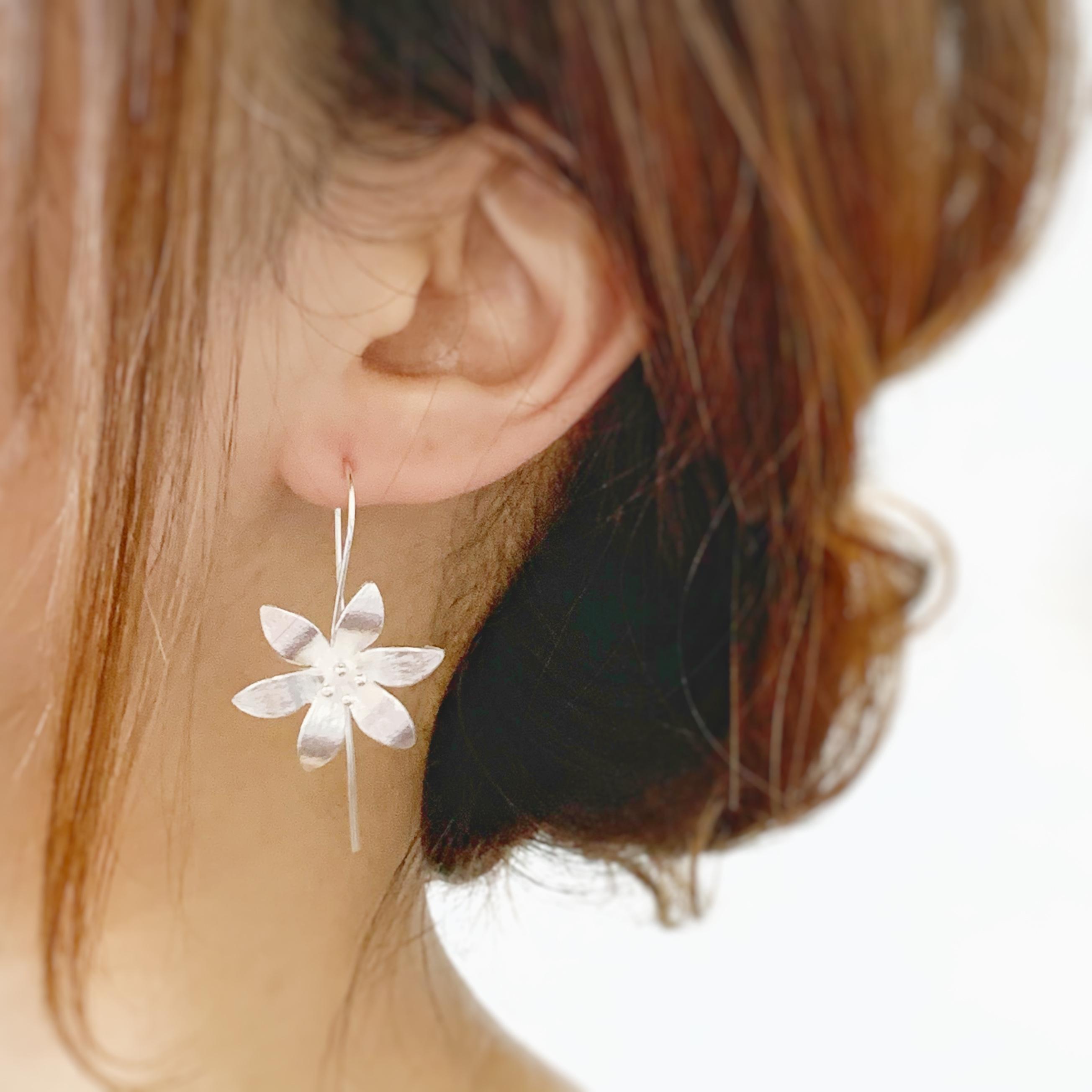 【JORIE】 桔梗 〜drop flower〜 silver 925ピアス 刻印あり