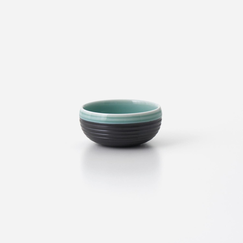 No.137 青磁黒彩 丸小鉢