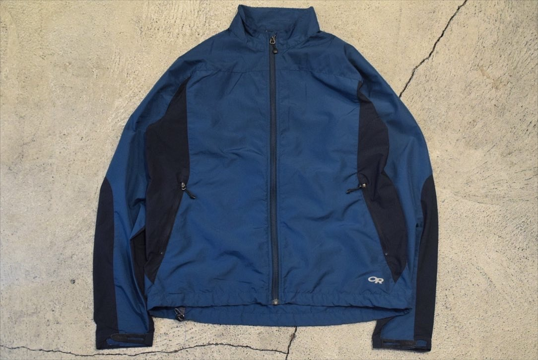 USED OUTDOOR RESEARCH Wind Shell nylon Jacket -Large 0880